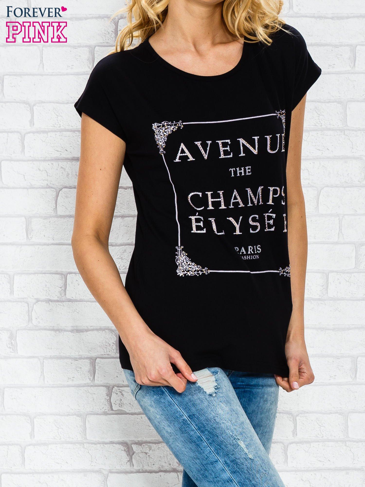 Czarny t-shirt z napisem AVENUE THE CHAMPS ÉLYSÉE                                  zdj.                                  3