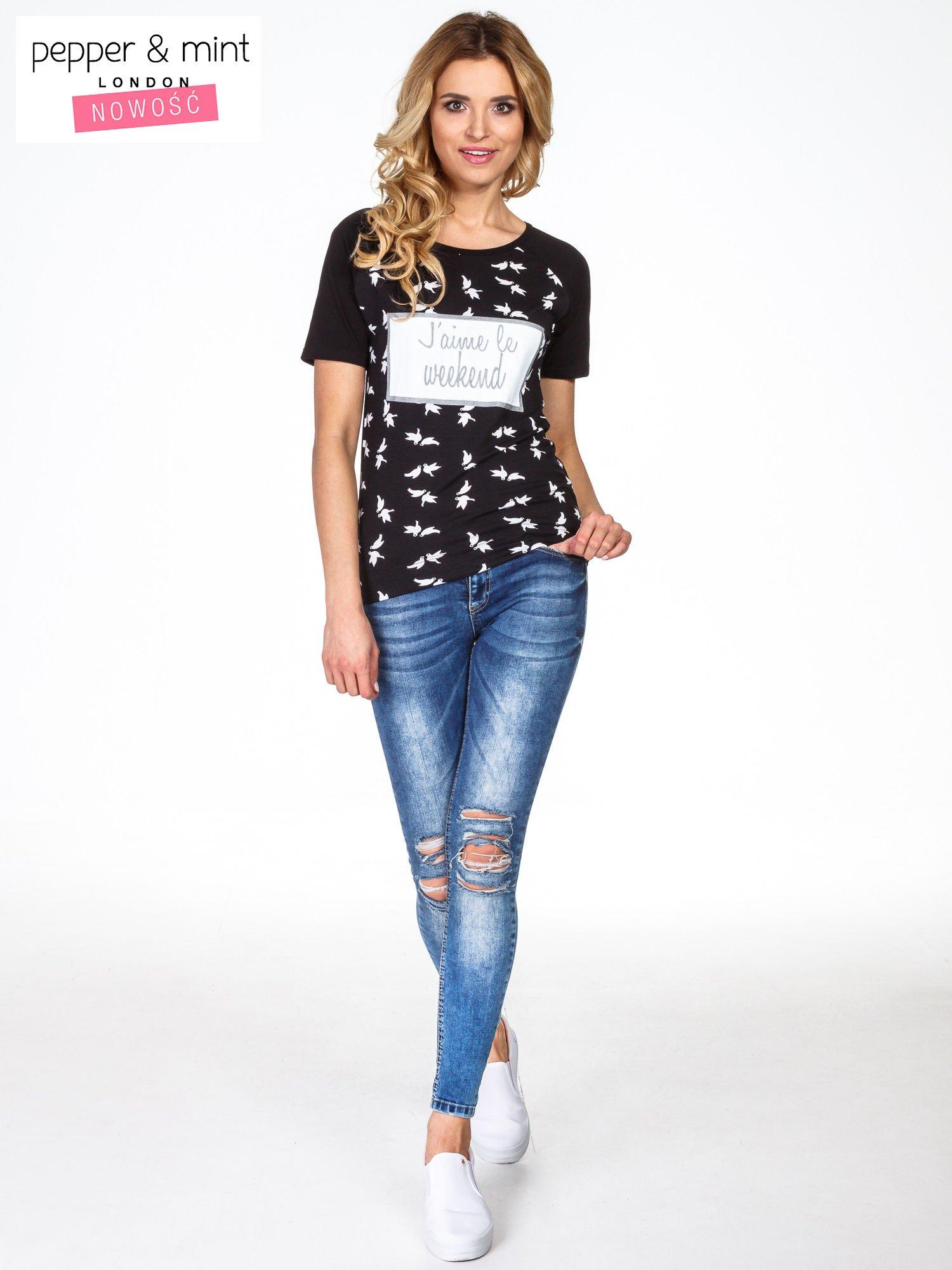 Czarny t-shirt z napisem J'AIME LE WEEKEND                                  zdj.                                  6