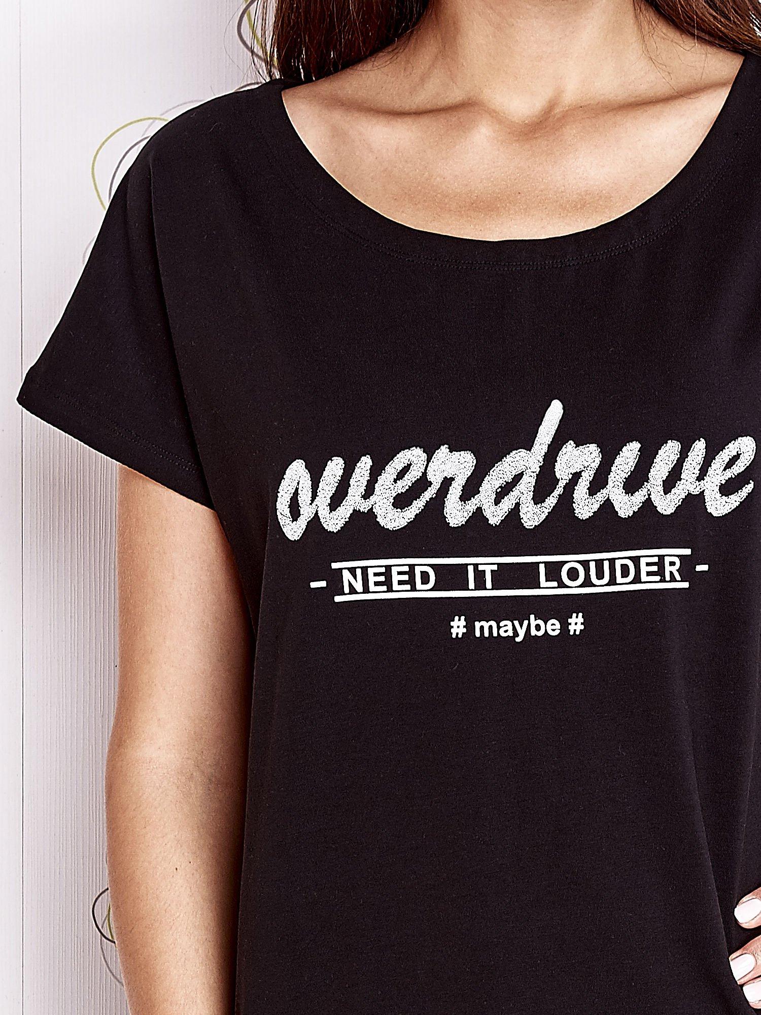 Czarny t-shirt z napisem NEED IT LOUDER                                  zdj.                                  5