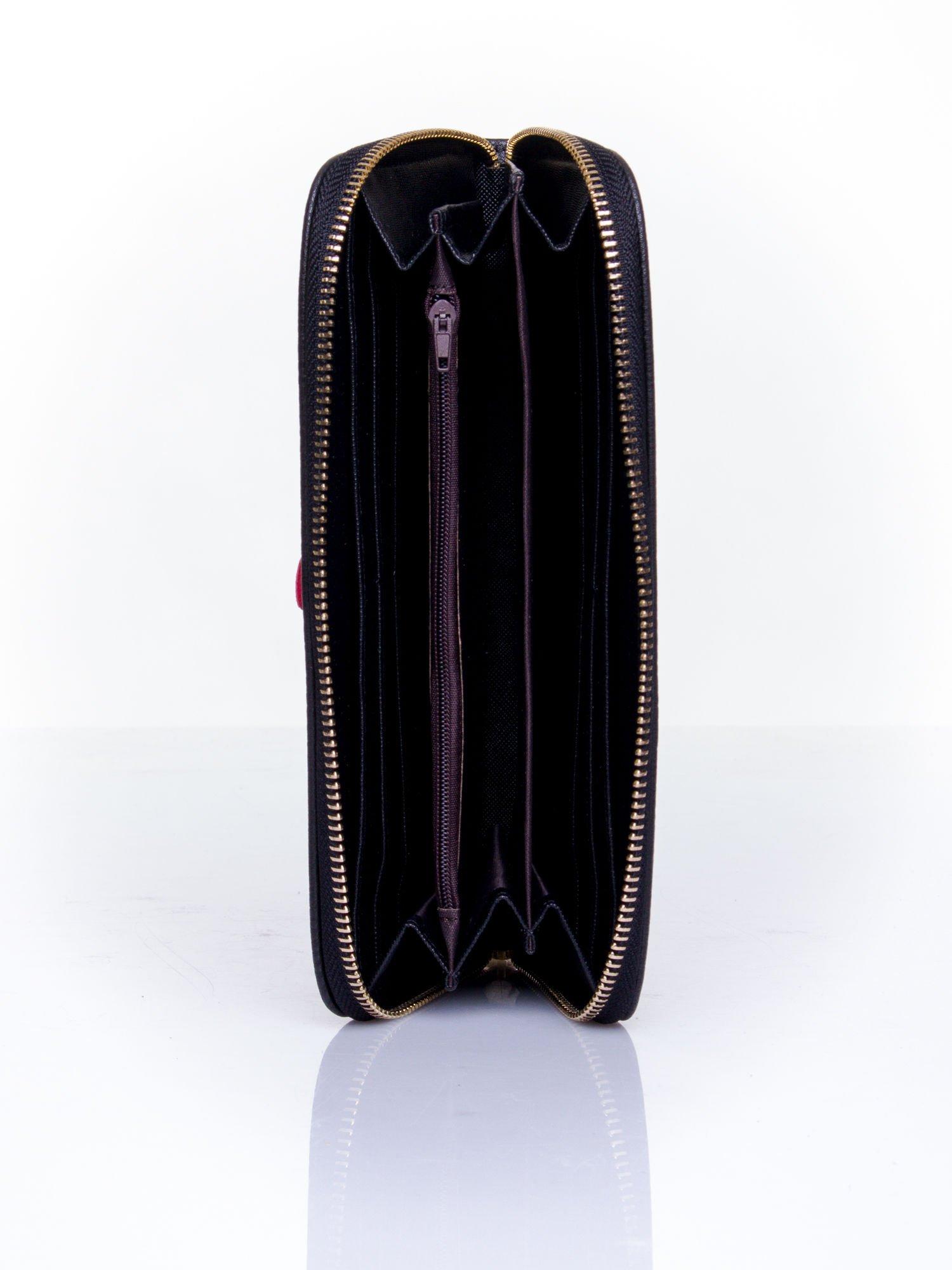 Czarny zasuwany portfel w kwiatki                                  zdj.                                  4