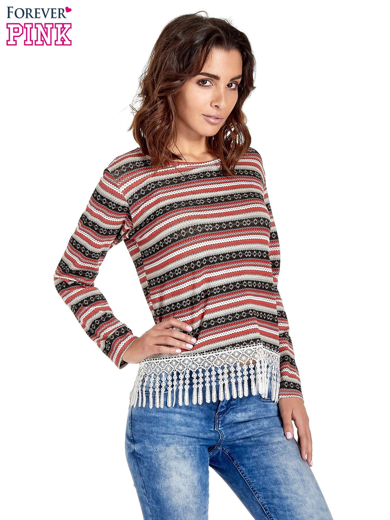 Czerwona bluza w azteckie wzory z koronką z frędzlami                                  zdj.                                  1