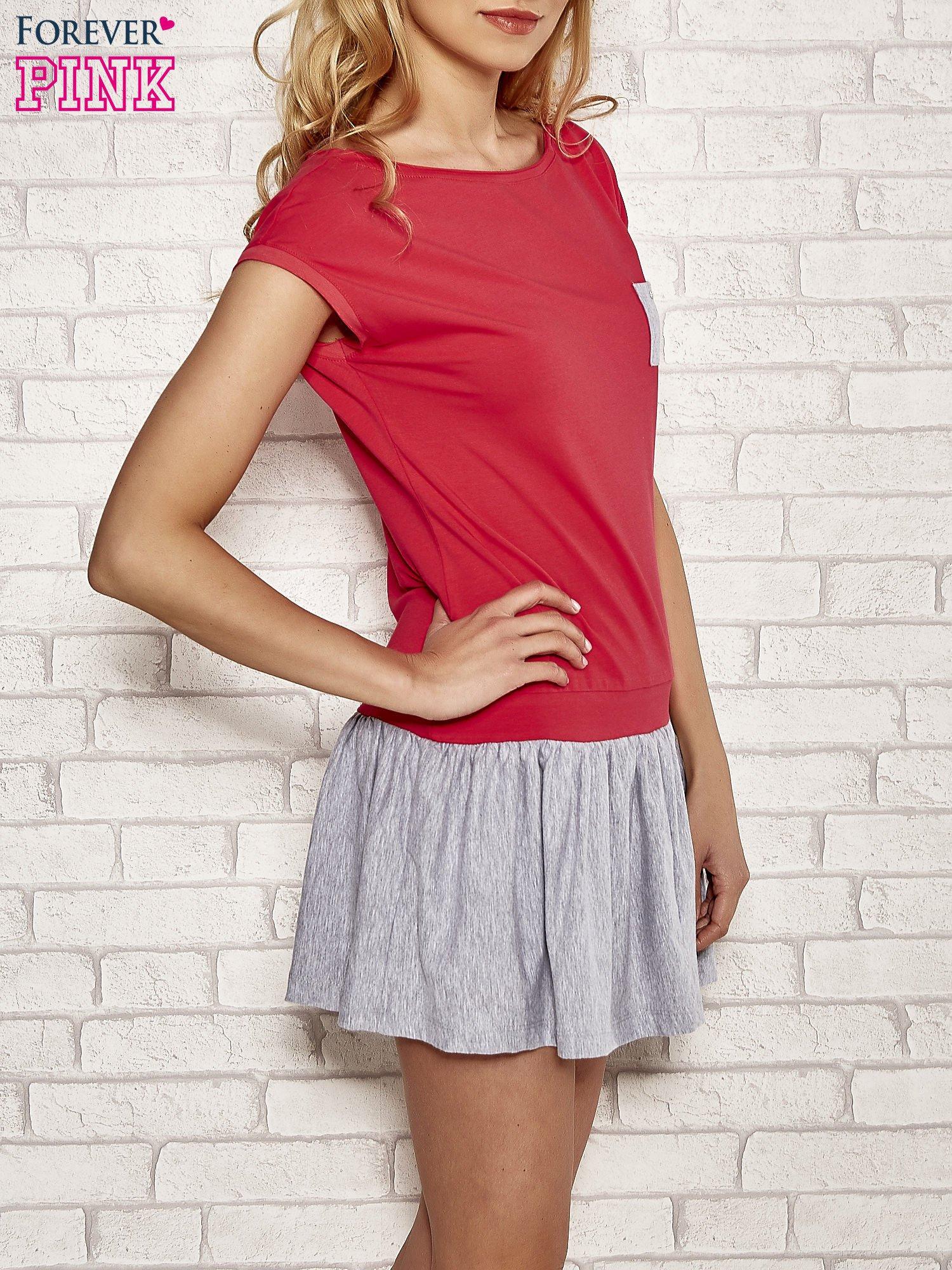 Czerwona dresowa sukienka tenisowa z kieszonką                                  zdj.                                  3