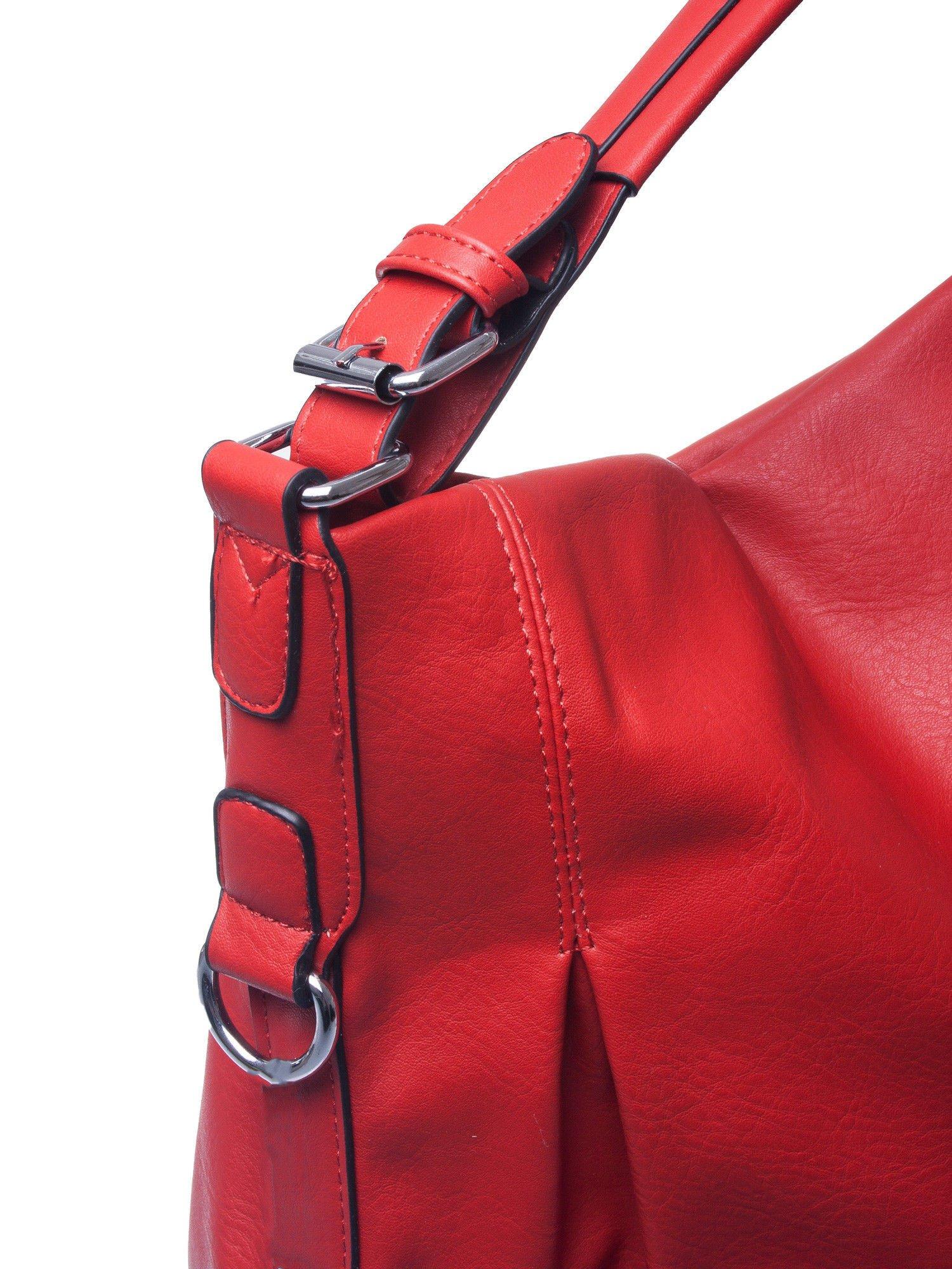 Czerwona torebka hobo na ramię                                  zdj.                                  4