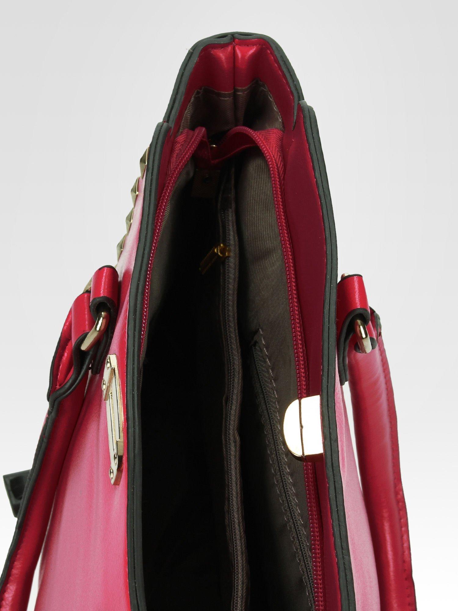 Czerwona torebka na ramię z dżetami                                  zdj.                                  8