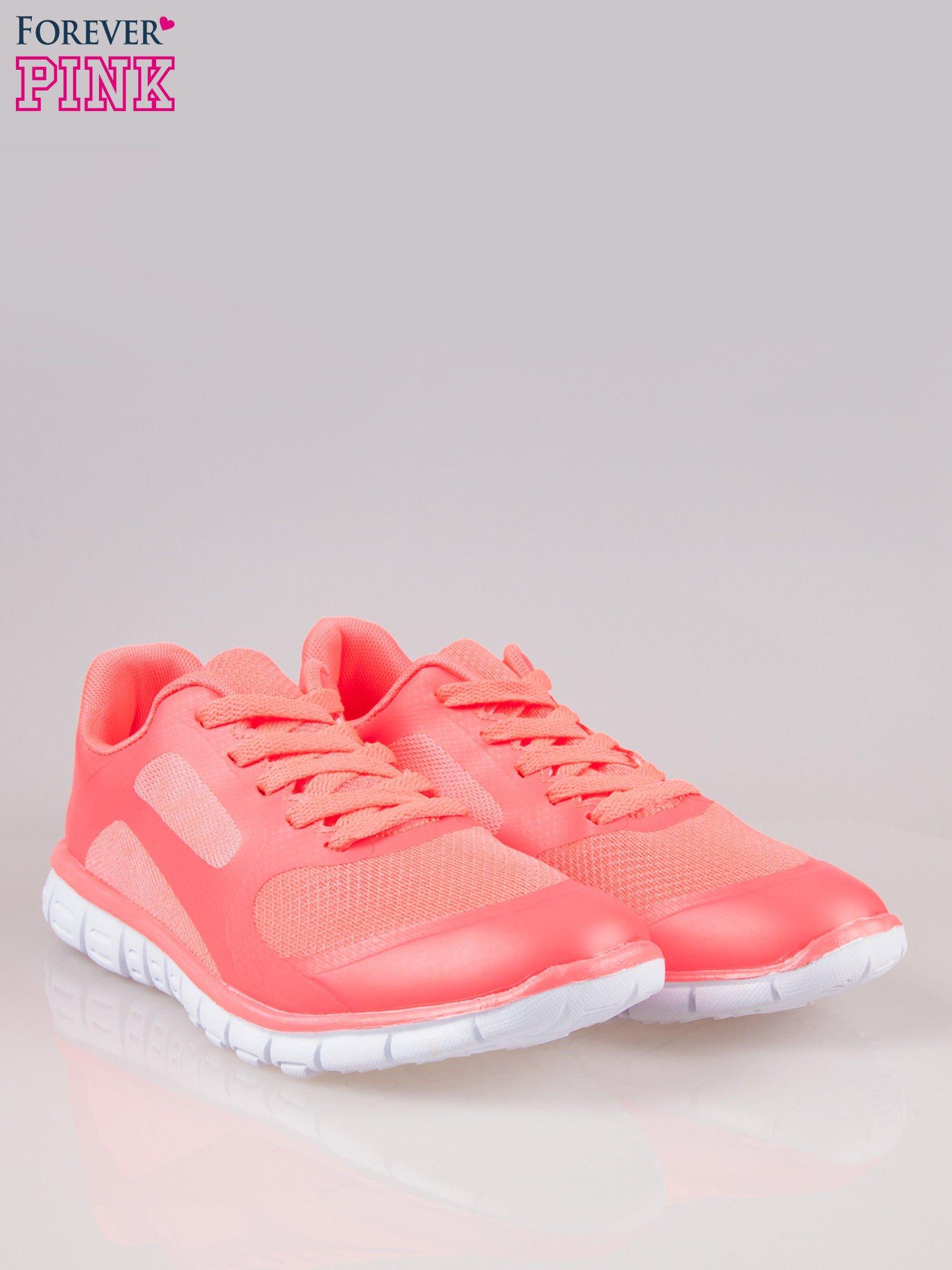Czerwone buty sportowe eco leather Fruity z podeszwą z rowkami flex                                  zdj.                                  2