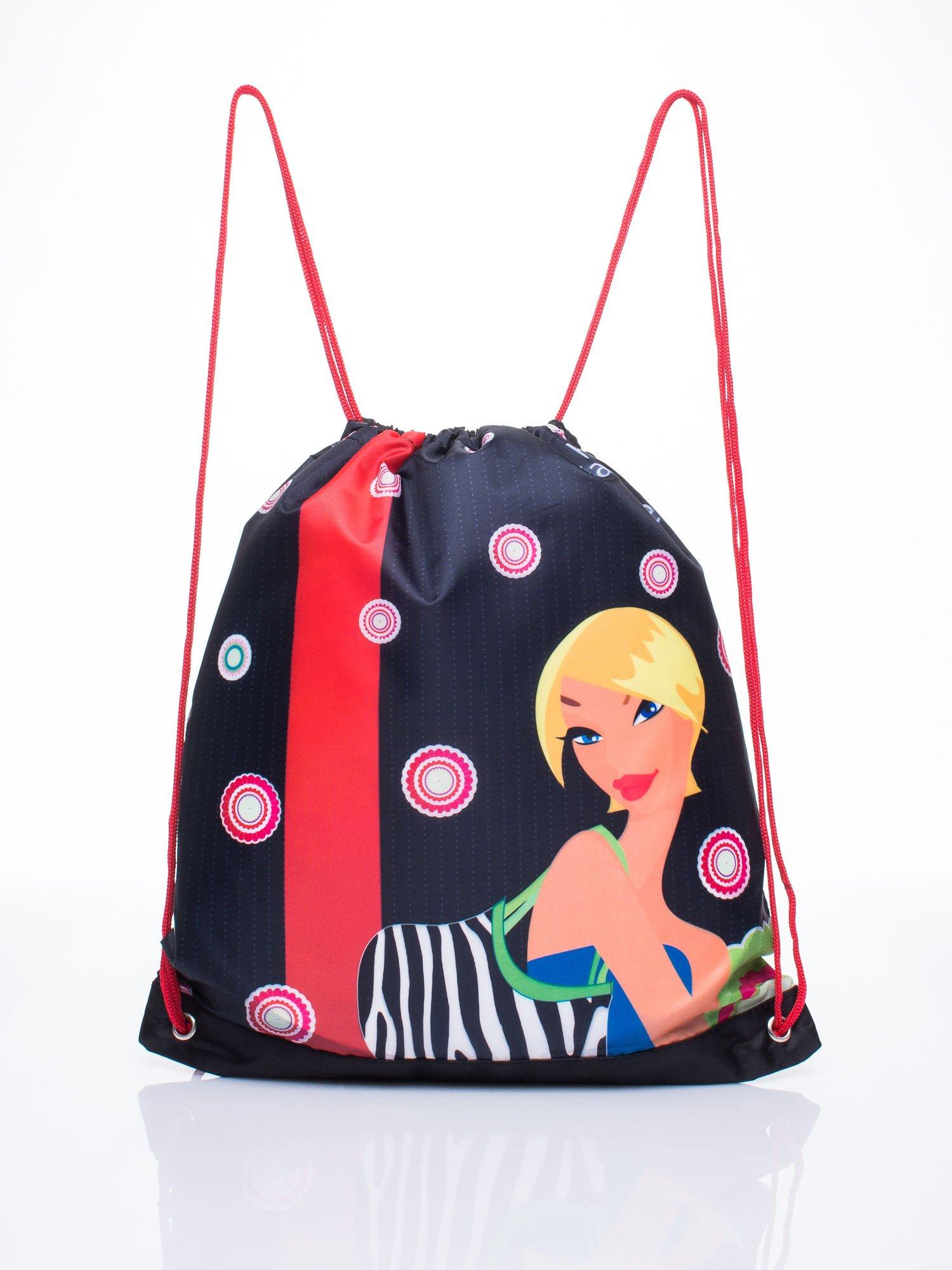 Czerwony plecak worek DISNEY z dziewczyną                                  zdj.                                  1