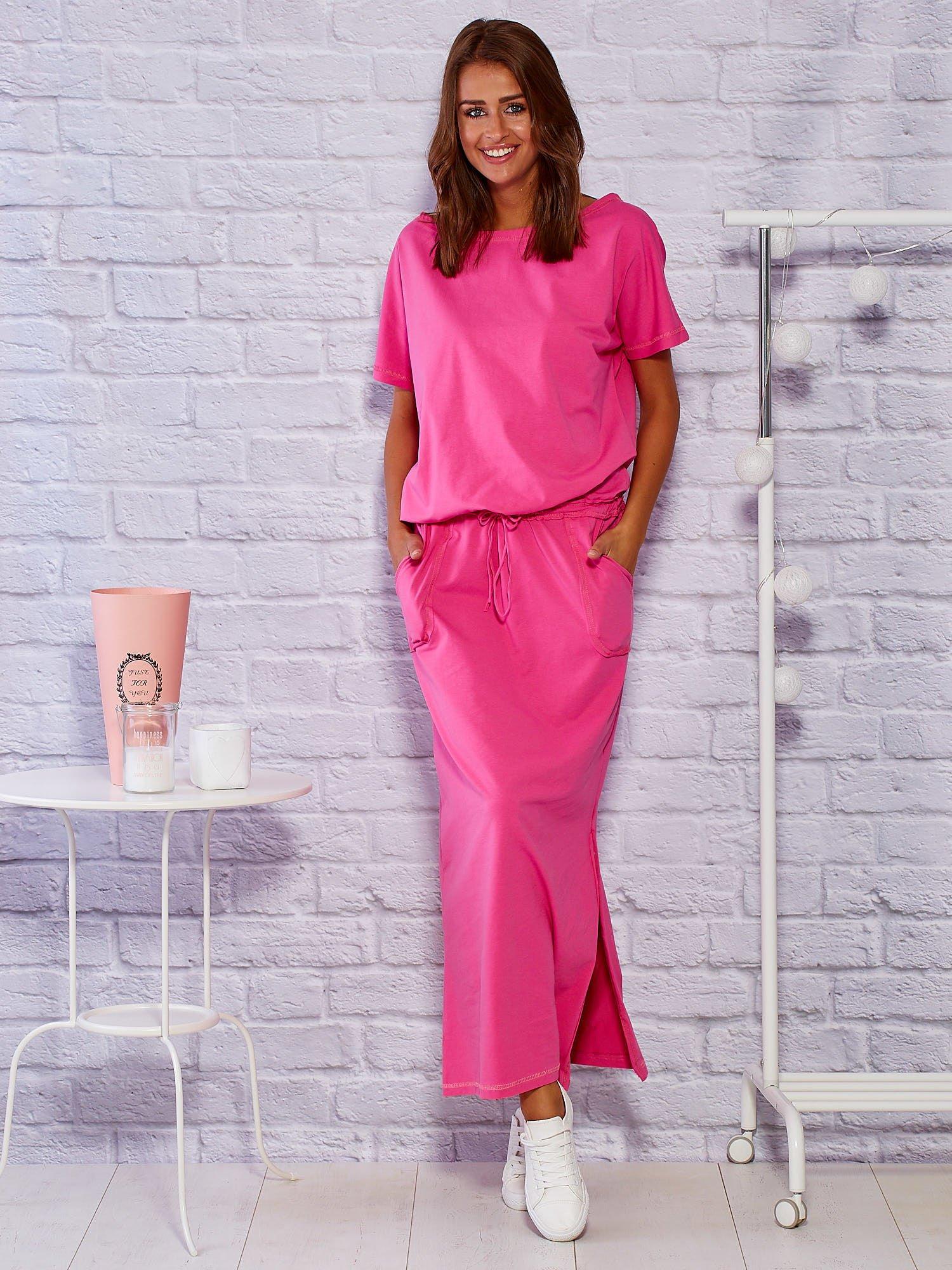 f8bfc09d3b Dresowa gładka sukienka maxi z rozcięciem różowa - Sukienka na co ...