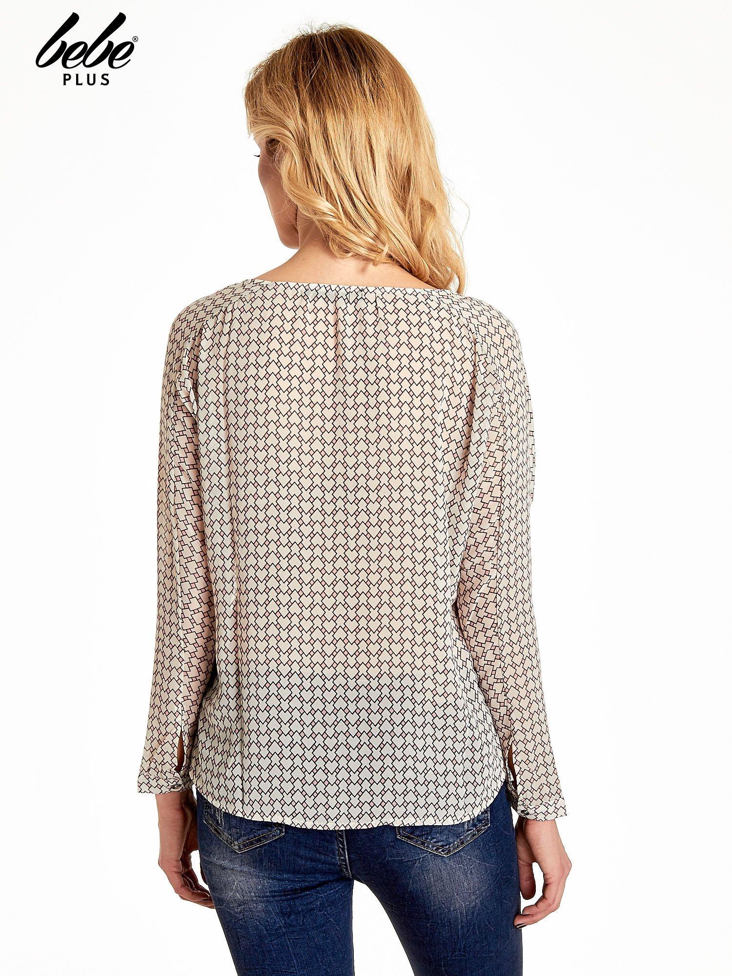 Ecru-różowa koszula w geometryczne wzory                                  zdj.                                  4