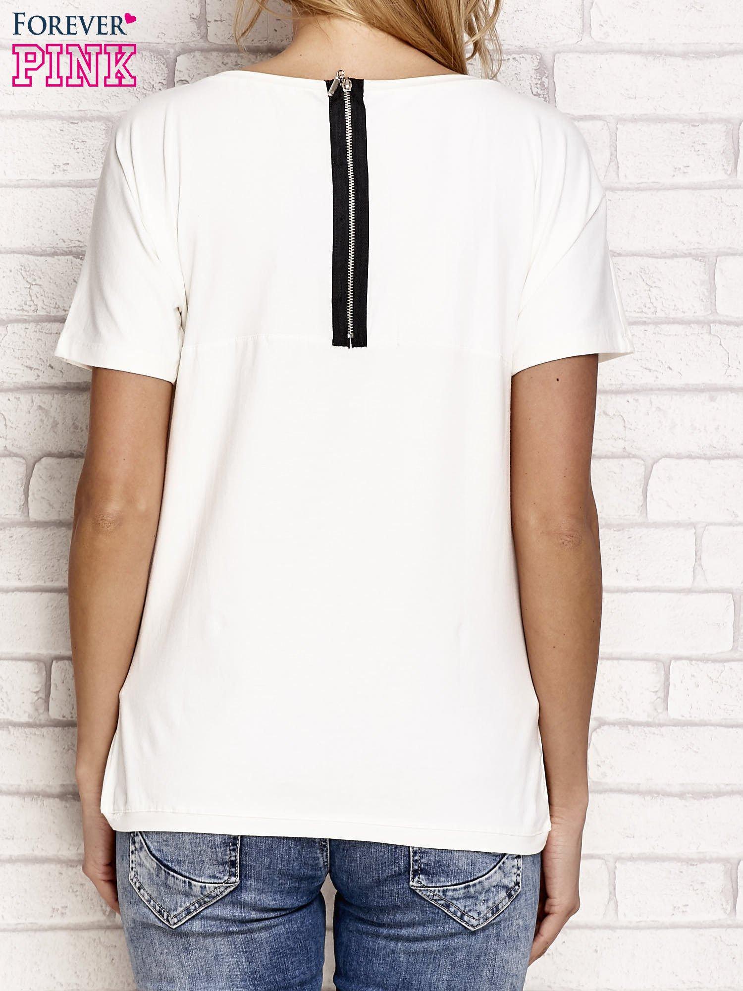 Ecru t-shirt z napisem J'ADORE LE NOIR                                  zdj.                                  2