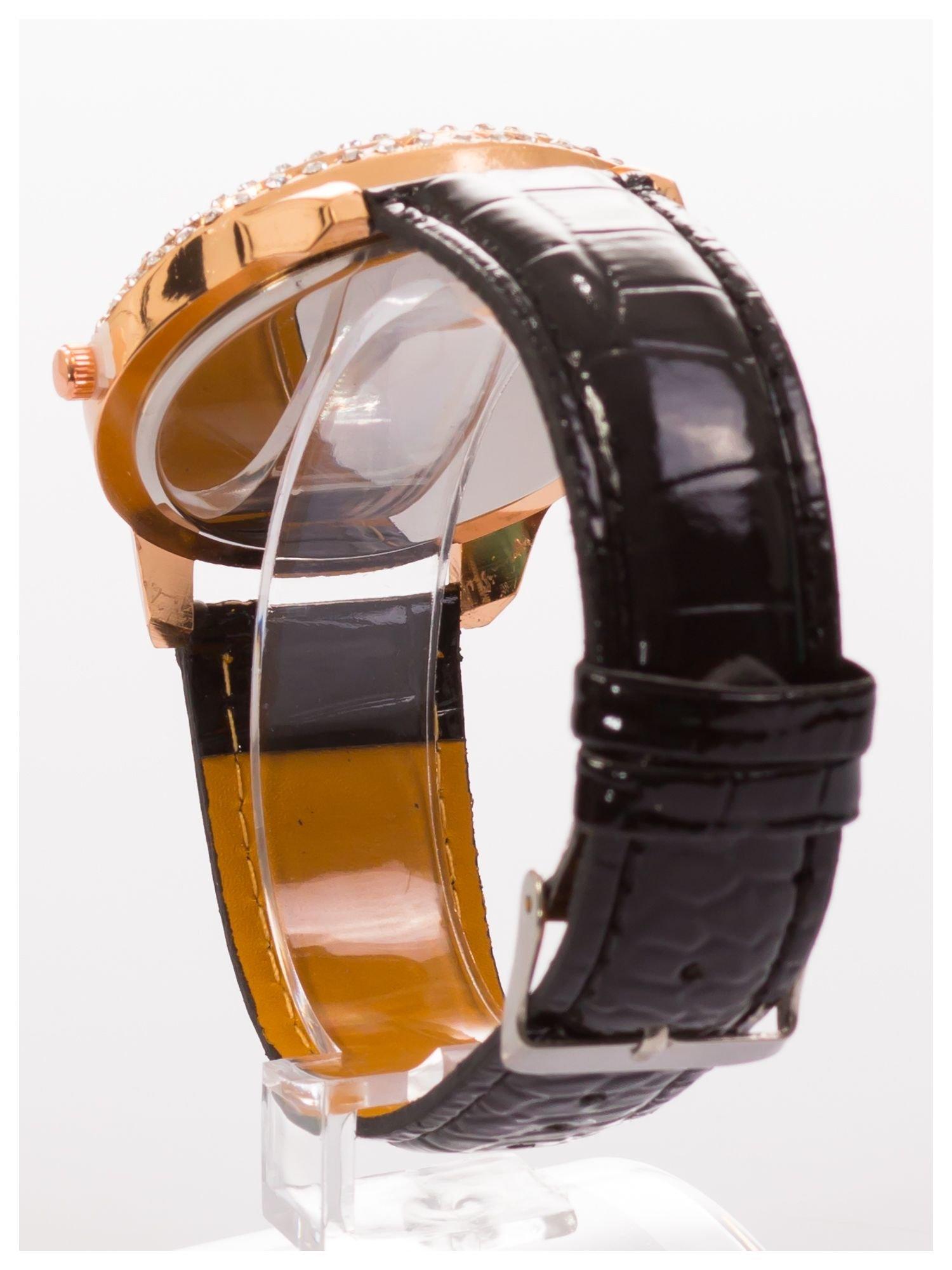 GENEVA Czarny damski zegarek na pasku ze skóry lakierowanej                                  zdj.                                  4