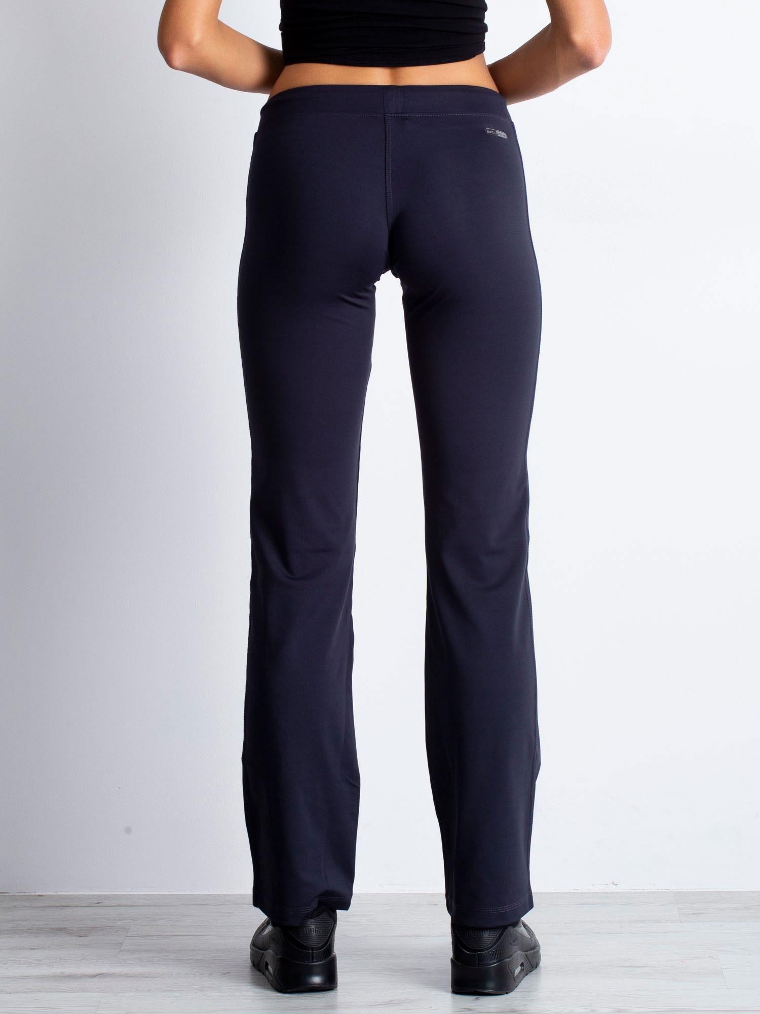 Grafitowe spodnie dresowe z kieszonkami i dżetami