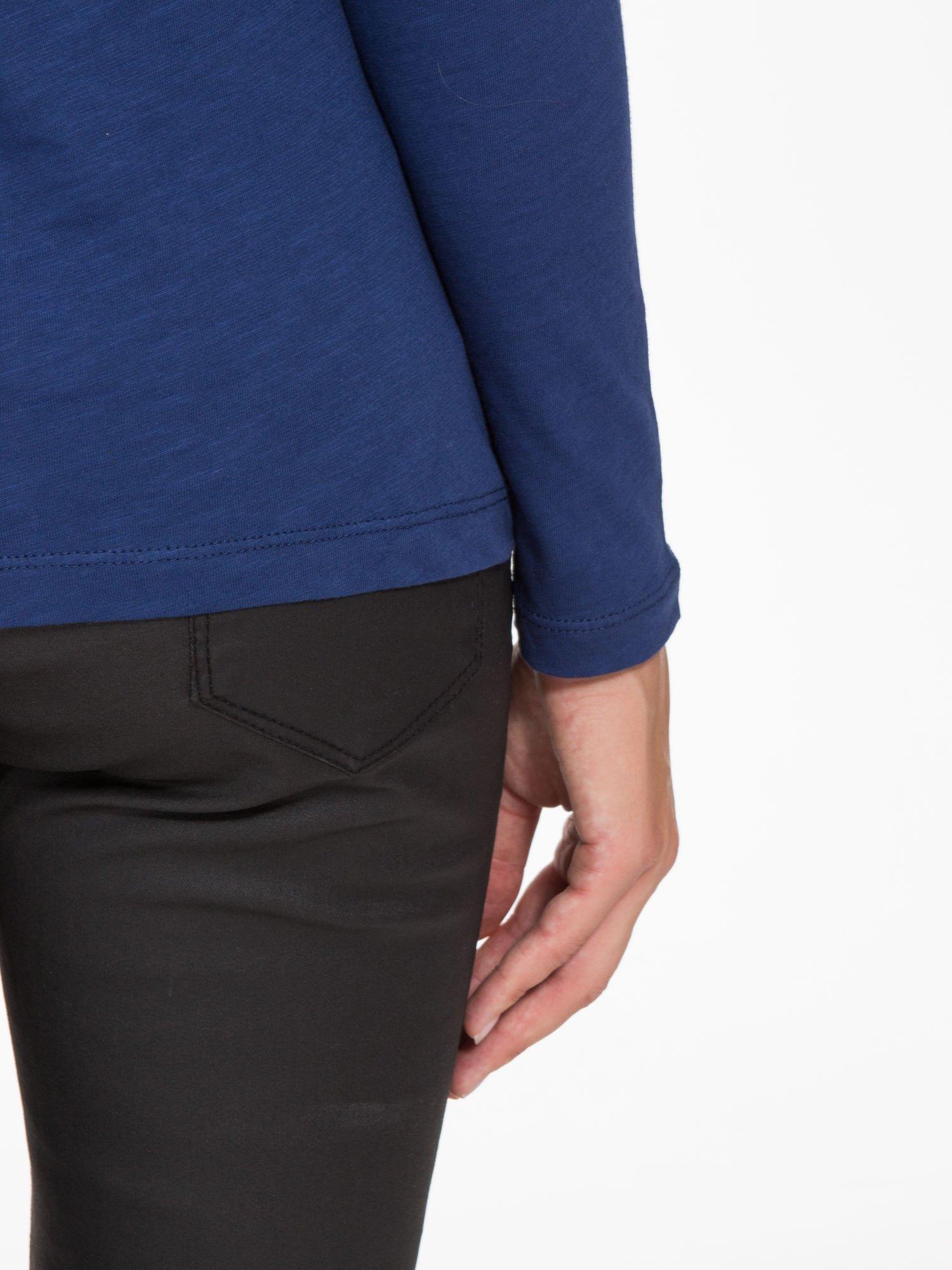 Granatowa basicowa bluzka z długim rękawem                                  zdj.                                  9