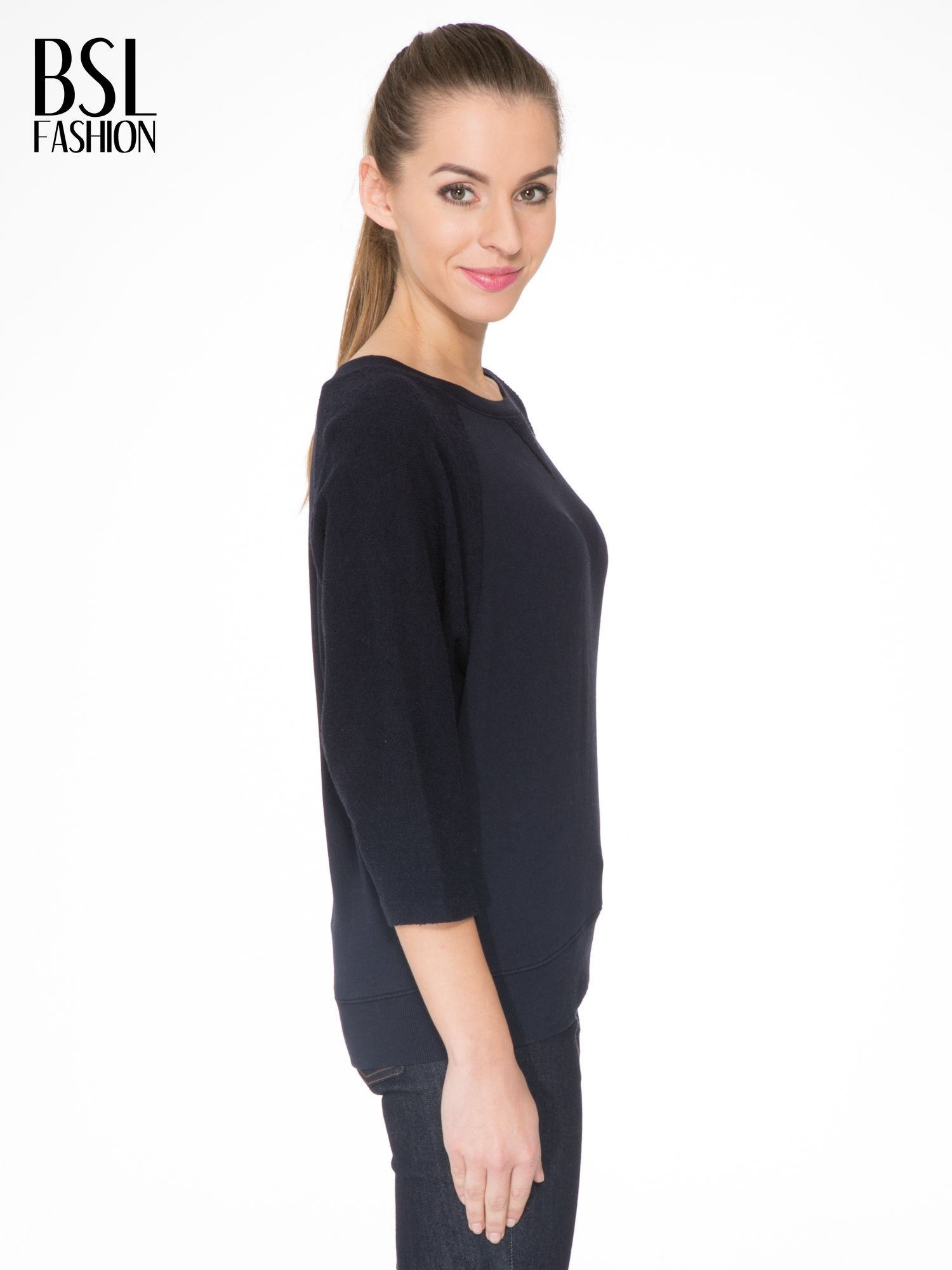 Granatowa bluza oversize z łączonych materiałów                                  zdj.                                  3