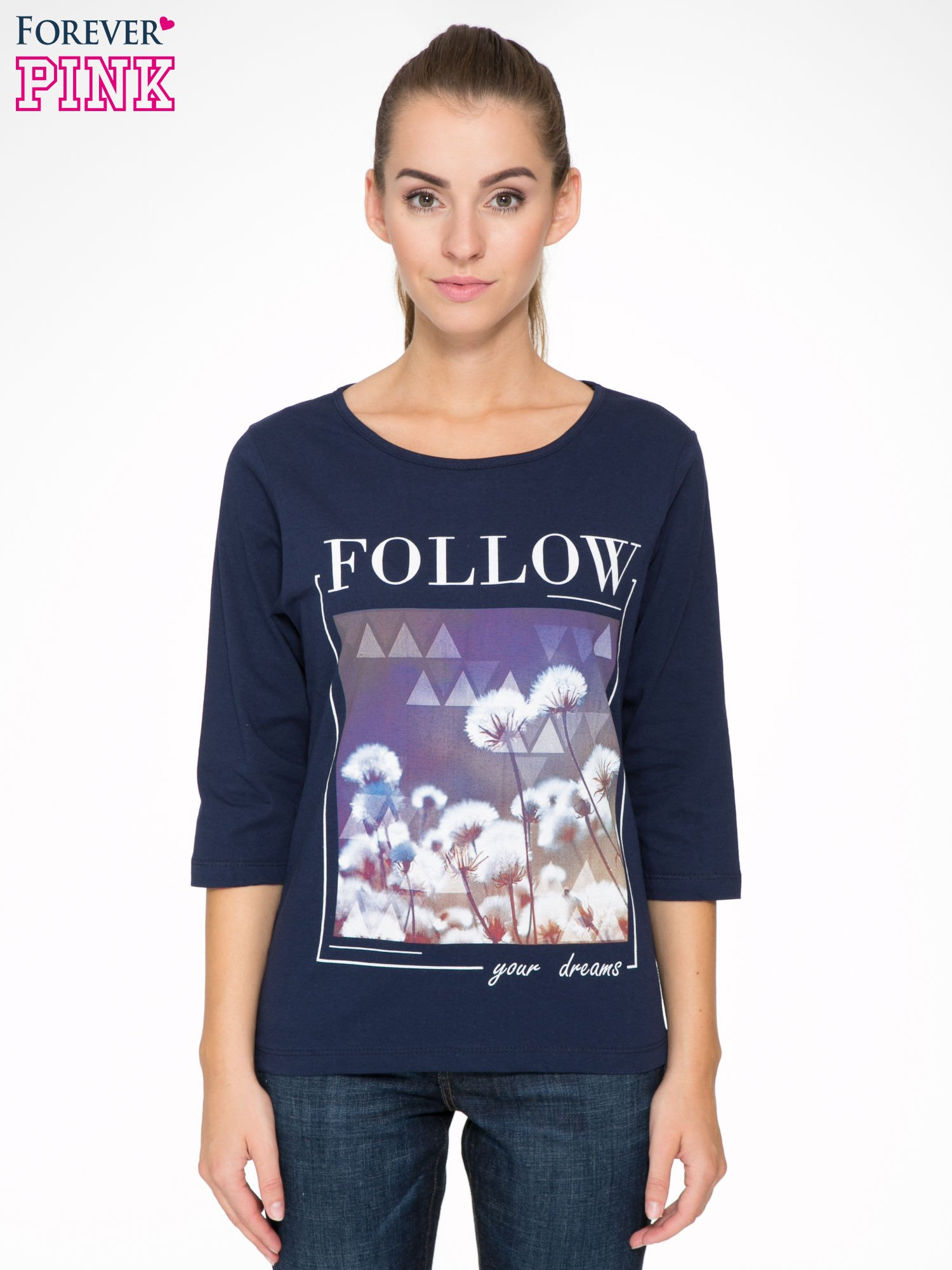 Granatowa bluzka z napisem FOLLOW YOUR DREAMS                                  zdj.                                  1