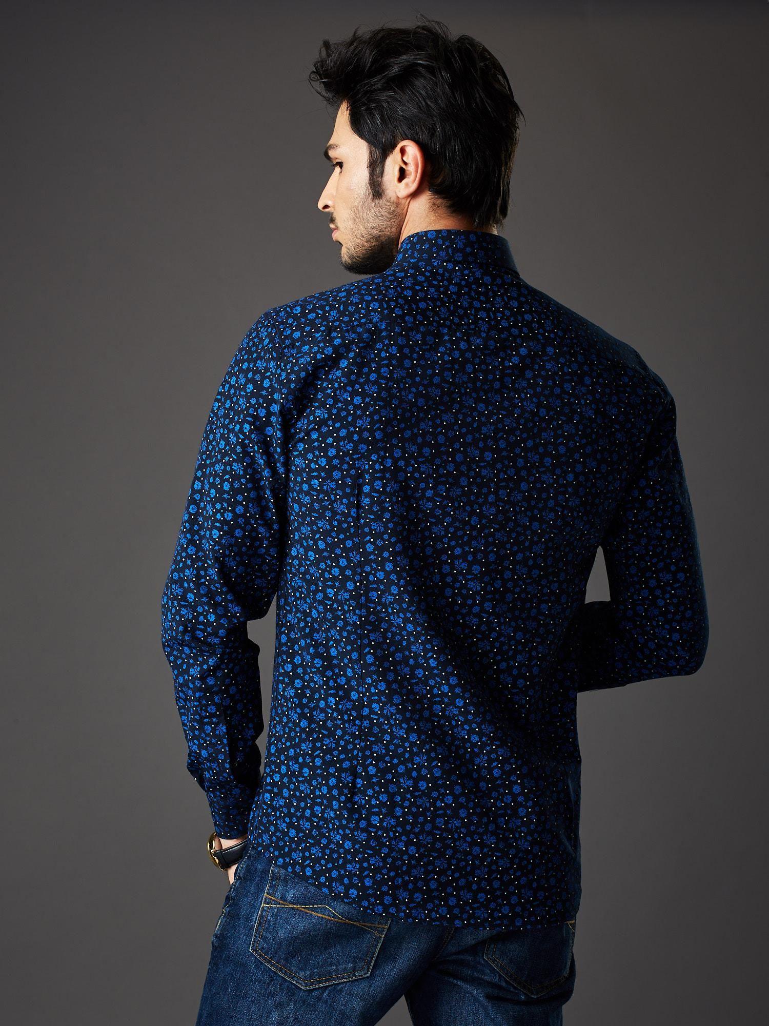 0d3dfae8d58ee Granatowa koszula męska regular fit w roślinny wzór - Mężczyźni koszula  męska - sklep eButik.pl