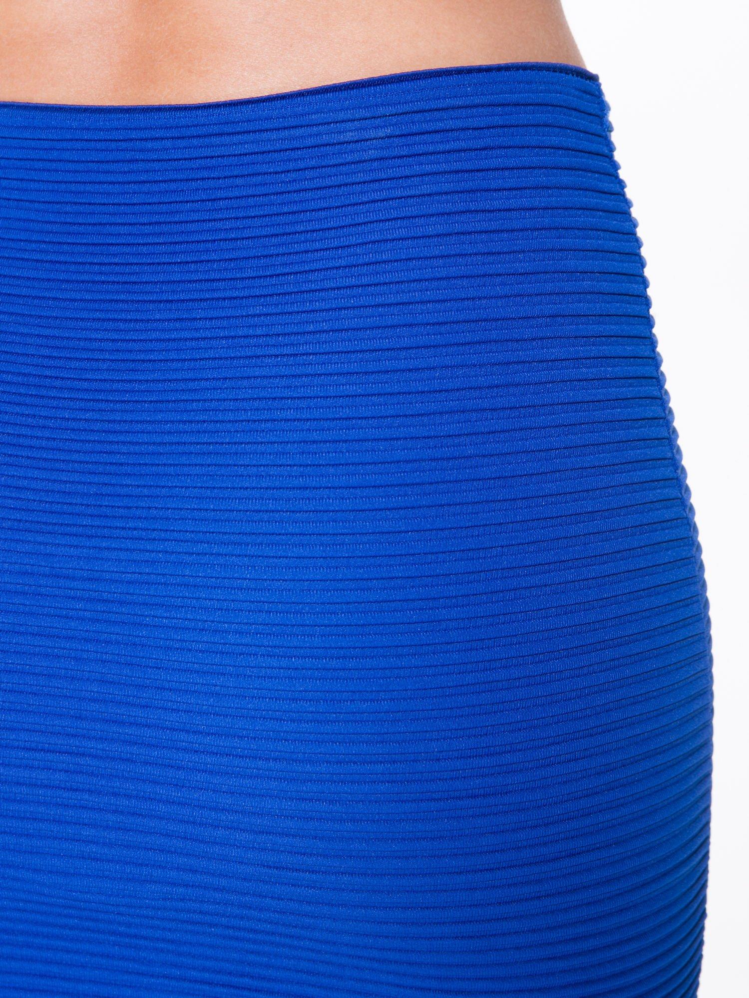 Granatowa prążkowana mini spódnica tuba z suwakami                                  zdj.                                  6