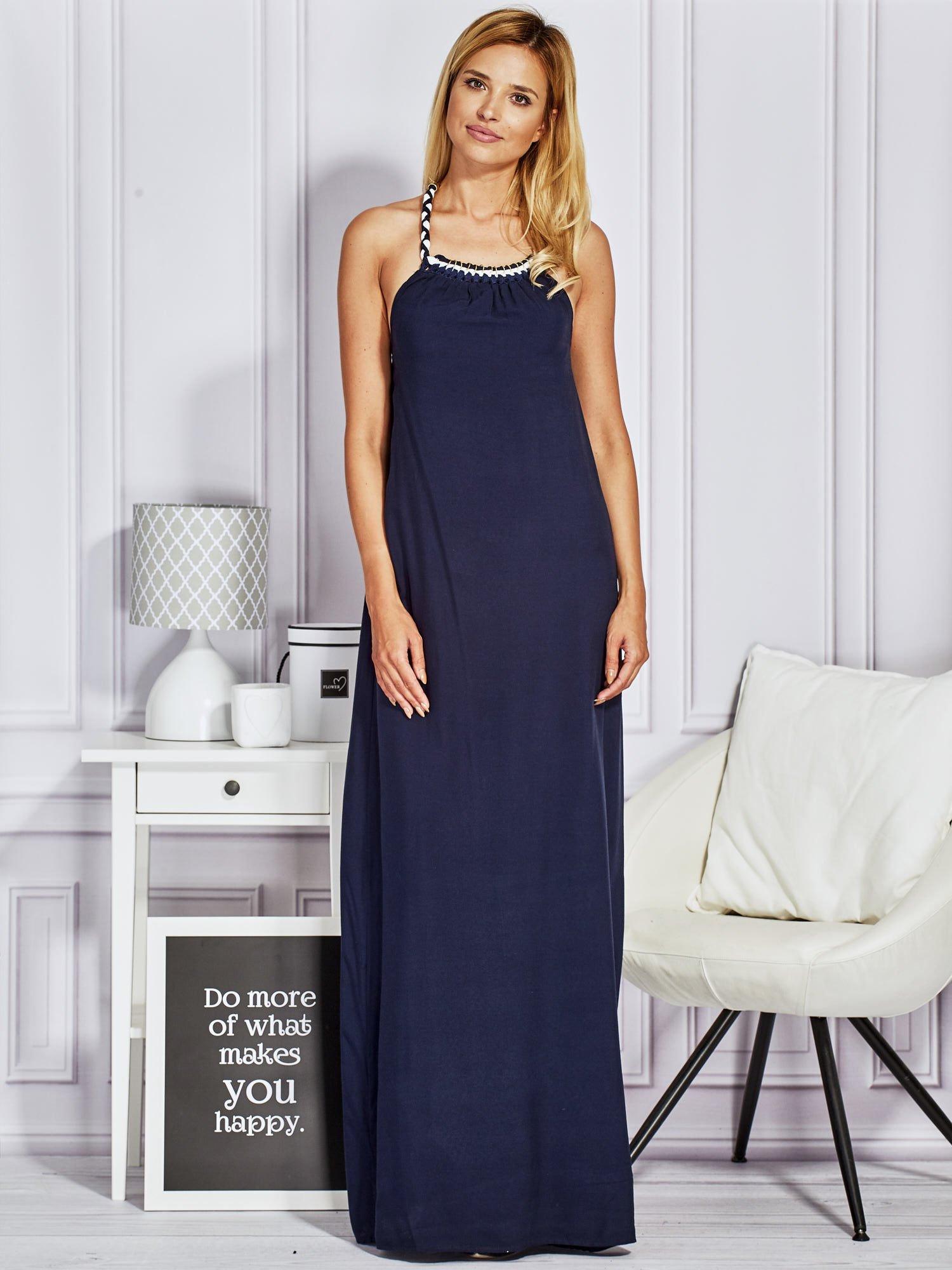 Granatowa sukienka maxi z wiązaniem na szyi                                  zdj.                                  1