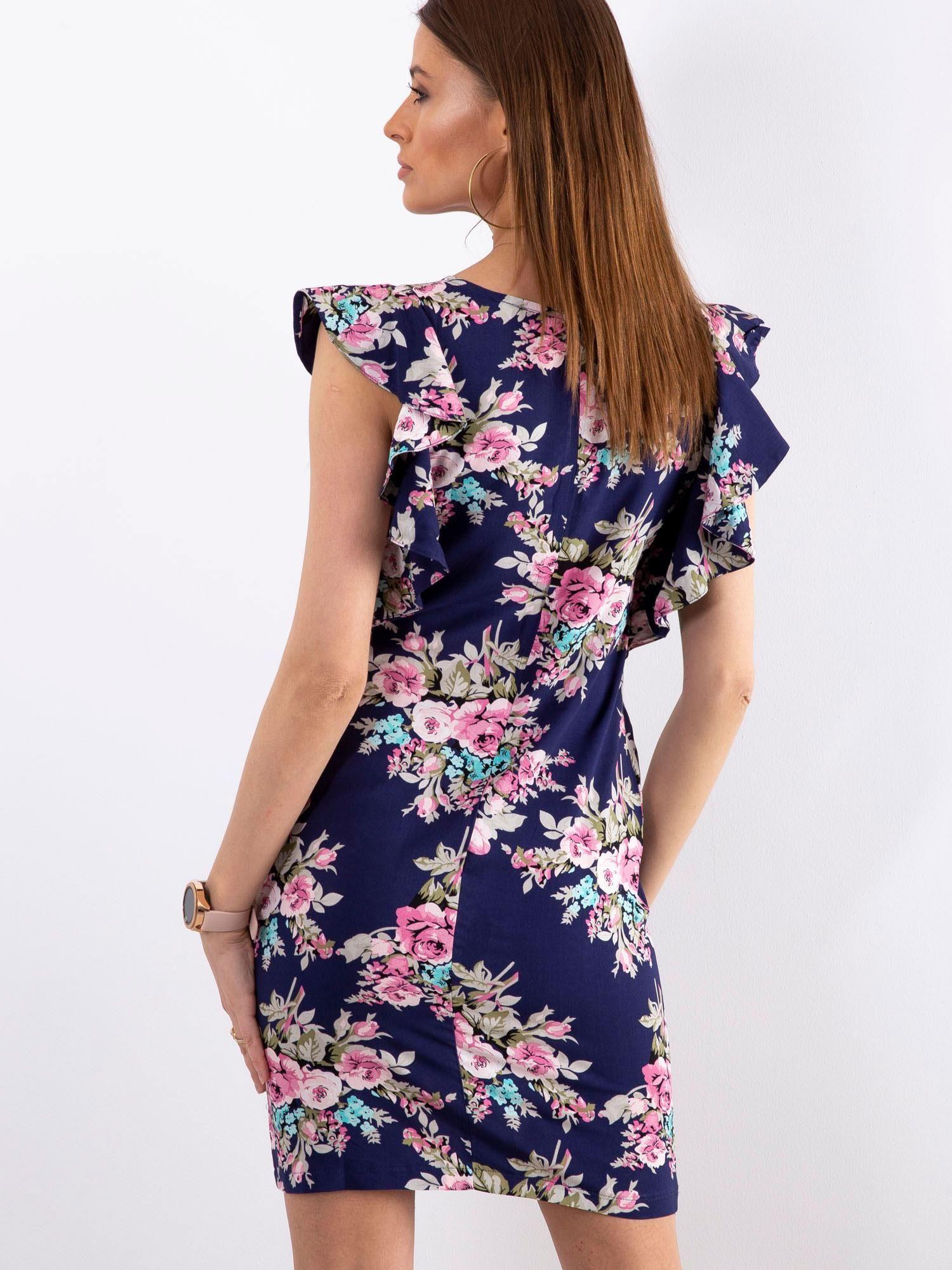 ebc3b9d2c7 Granatowa sukienka w kwiaty z falbanami na rękawach - Sukienka z ...