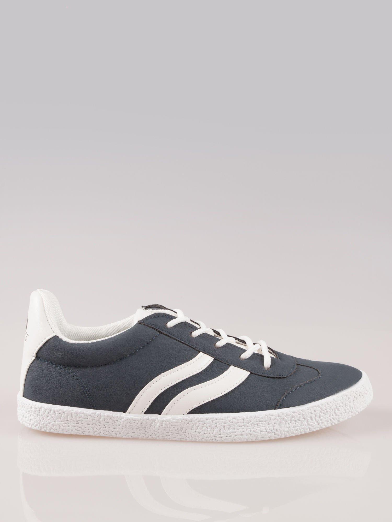 Granatowe buty sportowe w stylu casual Kash                                  zdj.                                  1