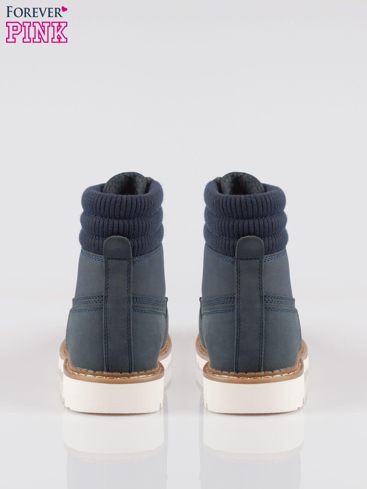 Granatowe buty trekkingowe traperki damskie z elastycznym kołnierzem ze skóry naturalnej                                  zdj.                                  3