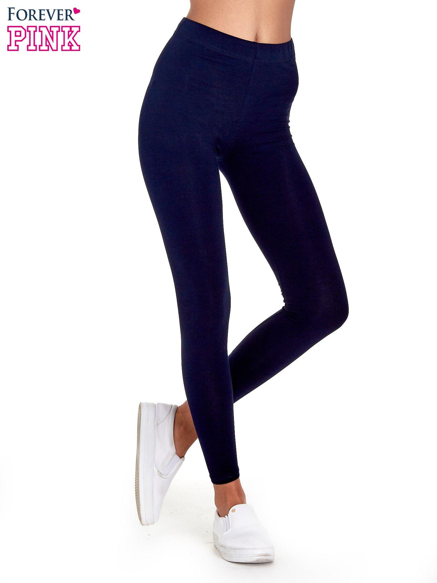 Granatowe gładkie legginsy damskie basic                                  zdj.                                  1
