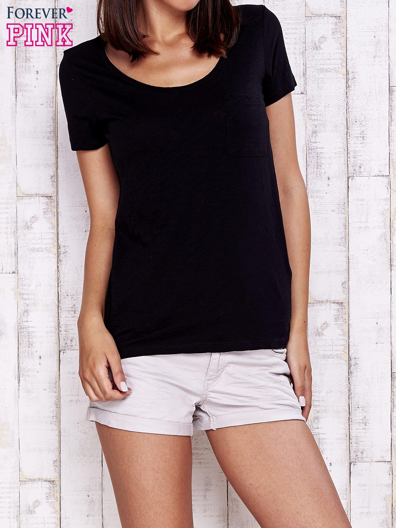 Granatowy gładki t-shirt basic                                  zdj.                                  1