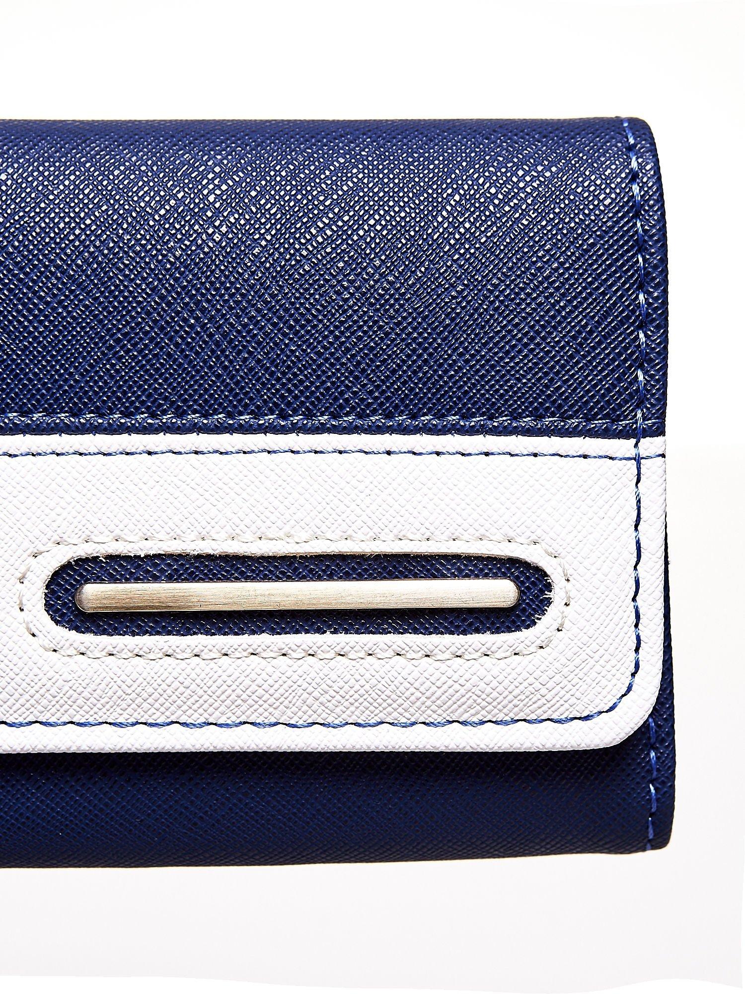 Granatowy portfel z białym wykończeniem                                  zdj.                                  6