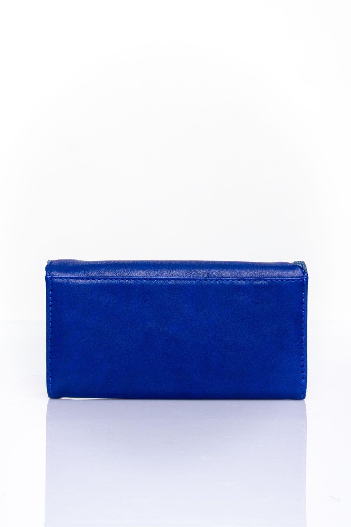 Granatowy portfel z ozdobnym detalem i złotymi okuciami                                  zdj.                                  2