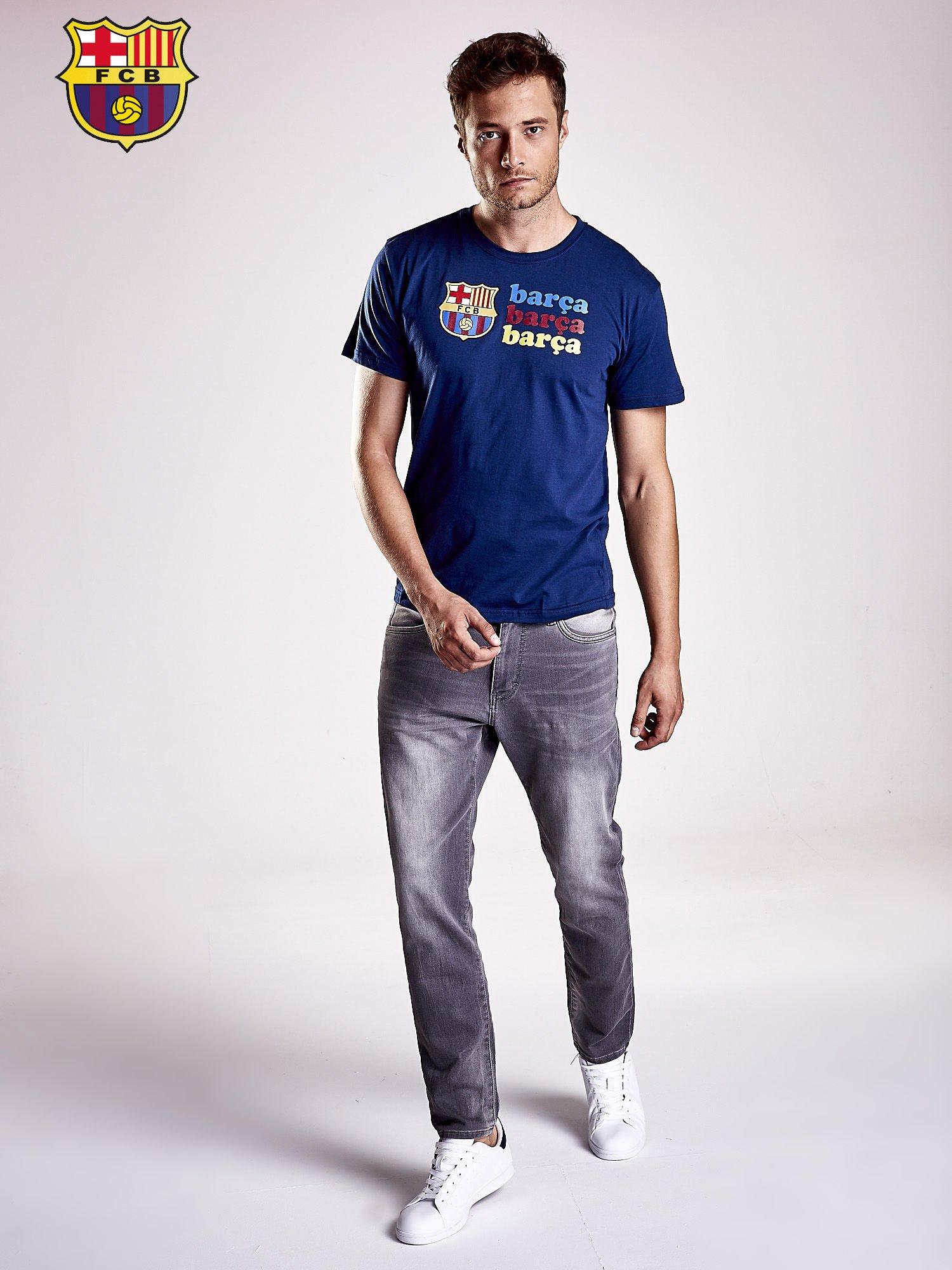 Granatowy t-shirt męski z nadrukiem FC BARCELONA                                  zdj.                                  4
