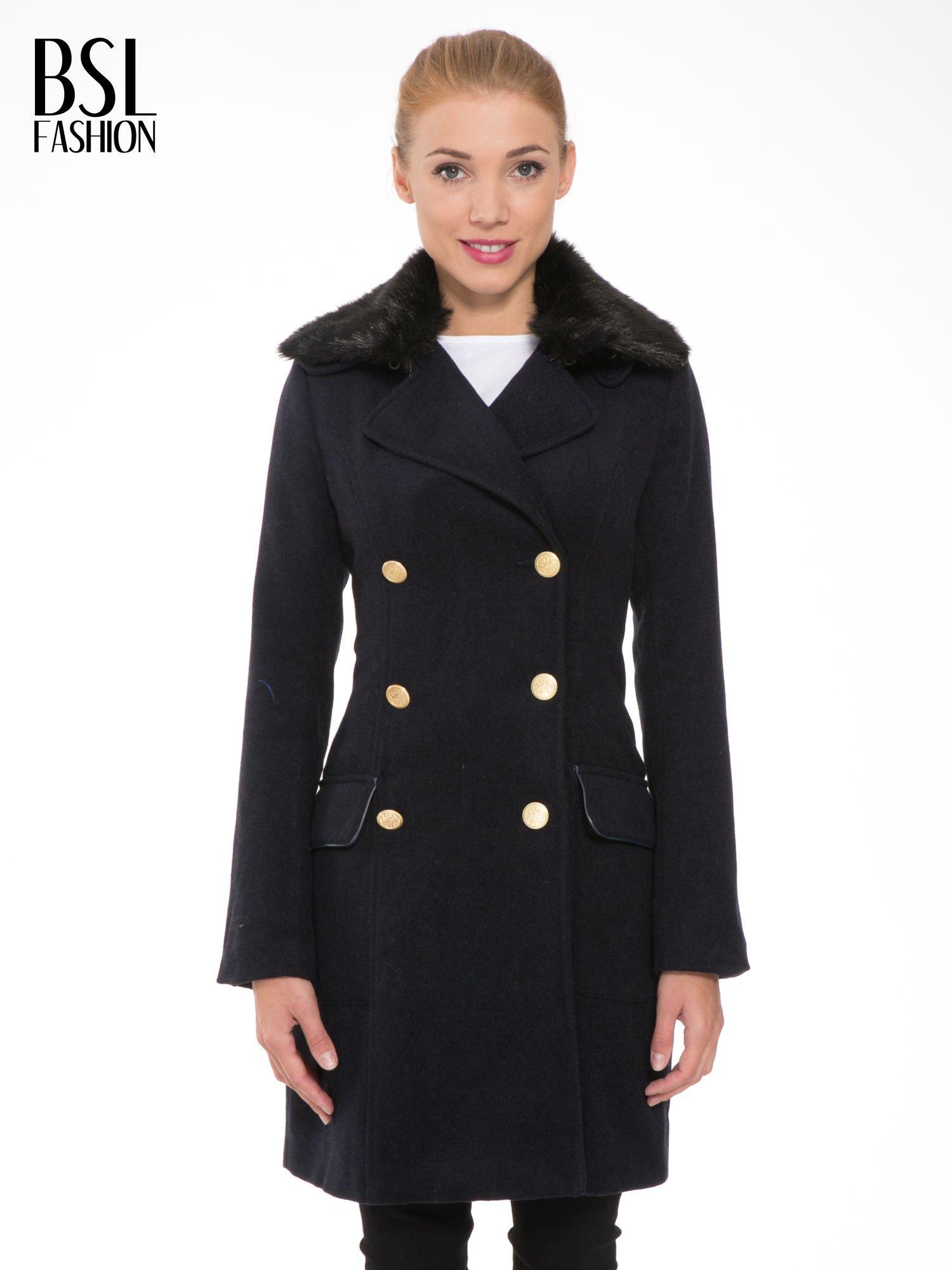 Granatowy wełniany płaszcz dwurzędowy z futrzanym kołnierzem                                  zdj.                                  1