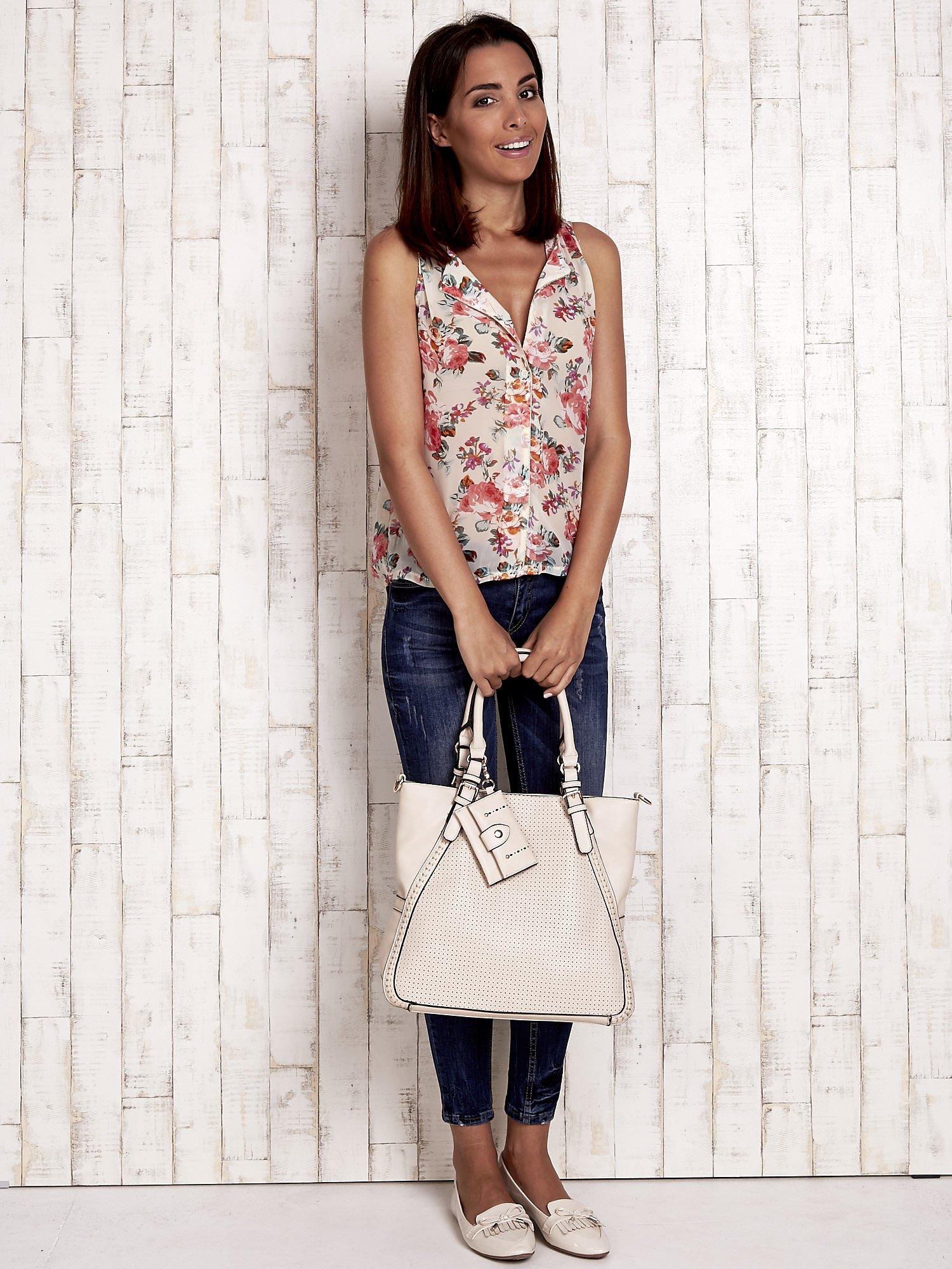 Jasnobeżowa dziurkowana torba shopper z portfelem                                  zdj.                                  7