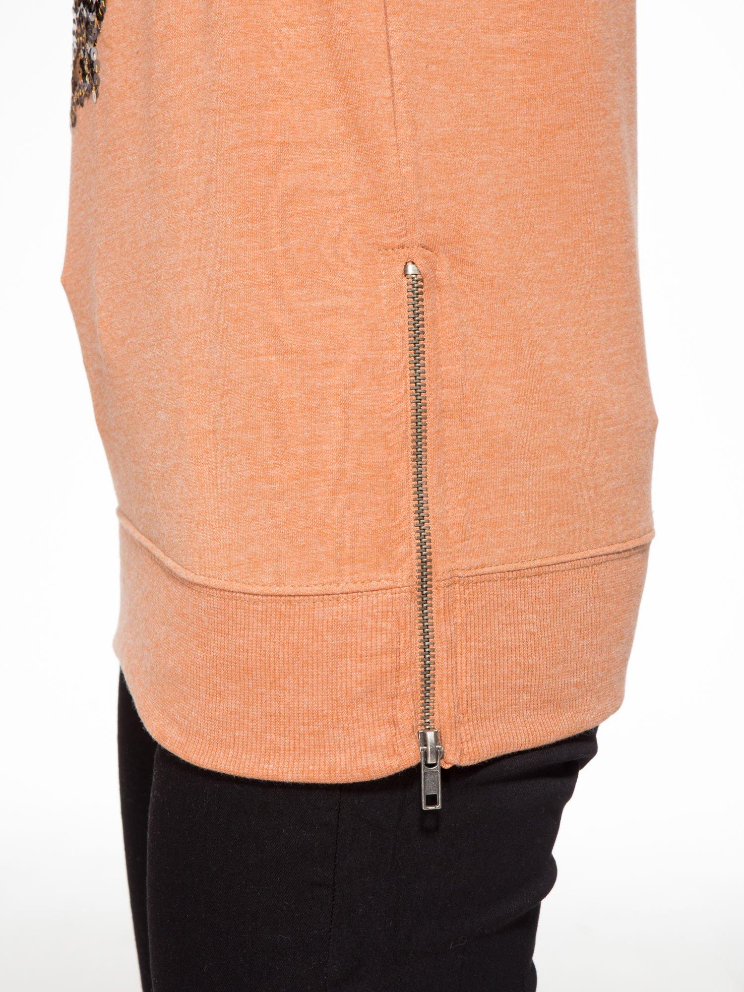 Jasnobrązowa bluza z aplikacją tygrysa z cekinów                                  zdj.                                  7