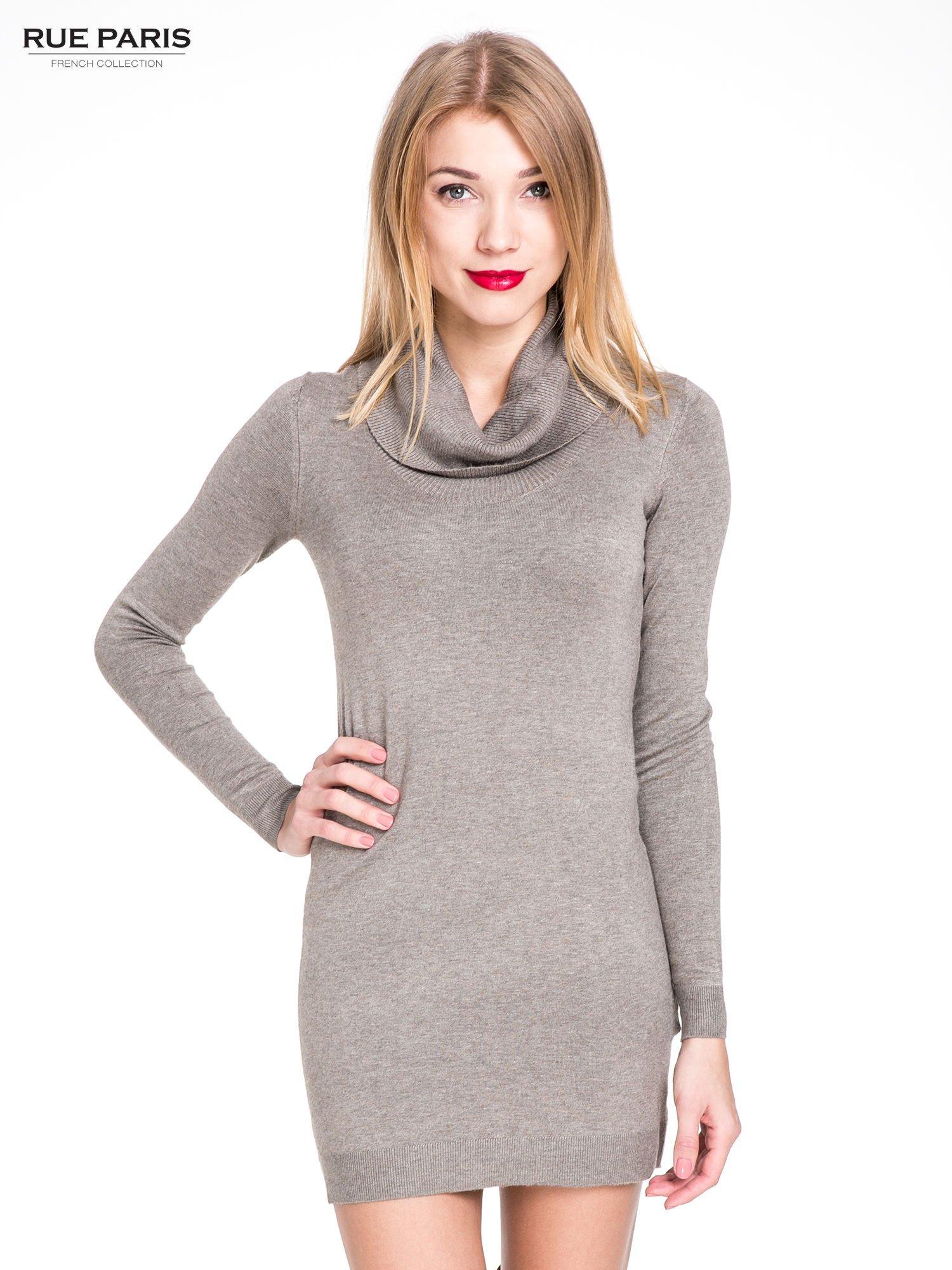 Jasnobrązowa swetrowa sukienka z golfem                                  zdj.                                  1