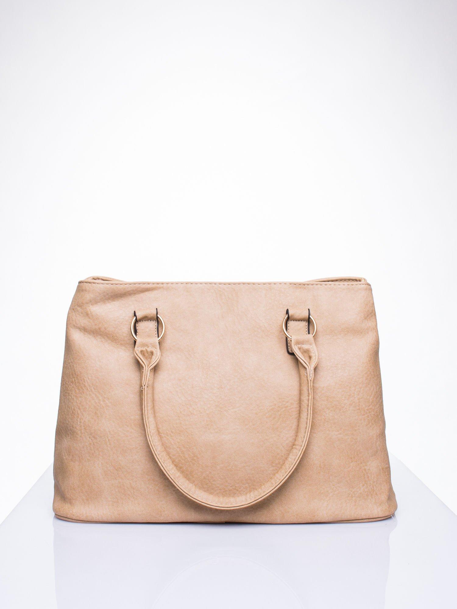 Jasnobrązowa torebka ze złotymi okuciami z kryształkami                                  zdj.                                  3