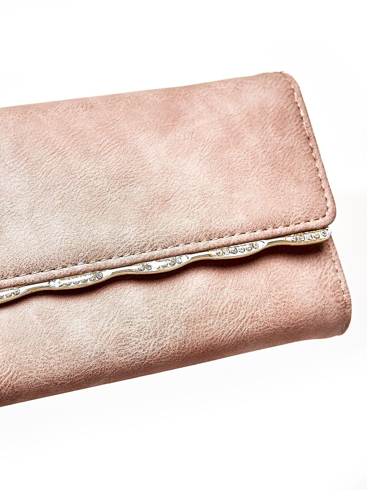 Jasnobrązowy portfel z ozdobną aplikacją                                  zdj.                                  6