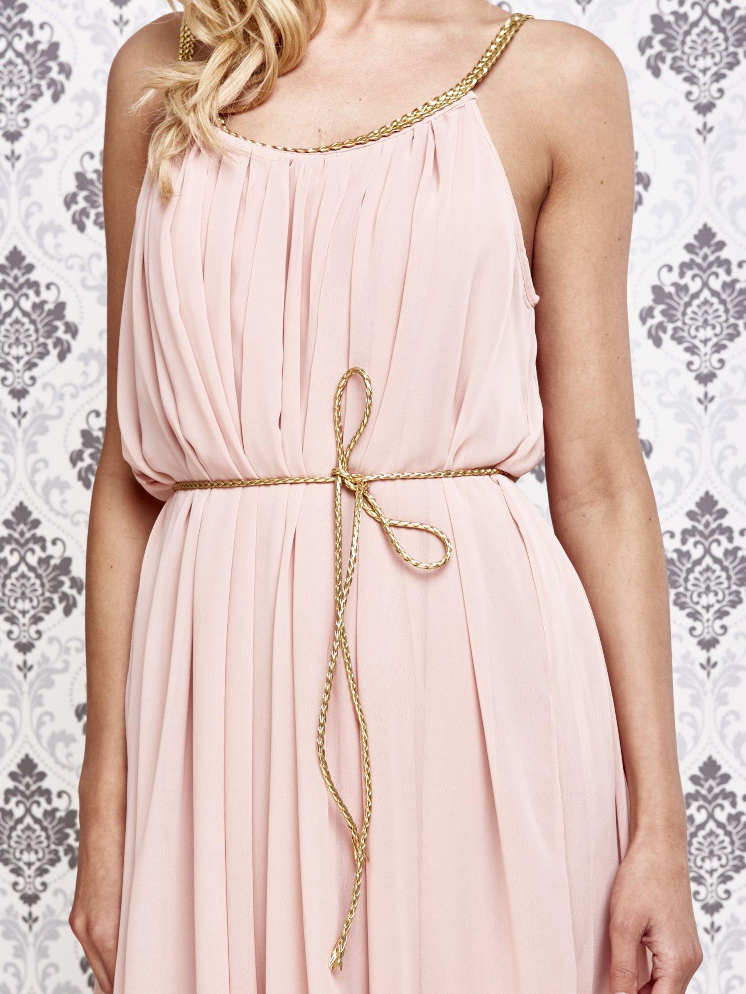 Jasnokoralowa grecka sukienka ze złotym paskiem                                  zdj.                                  5