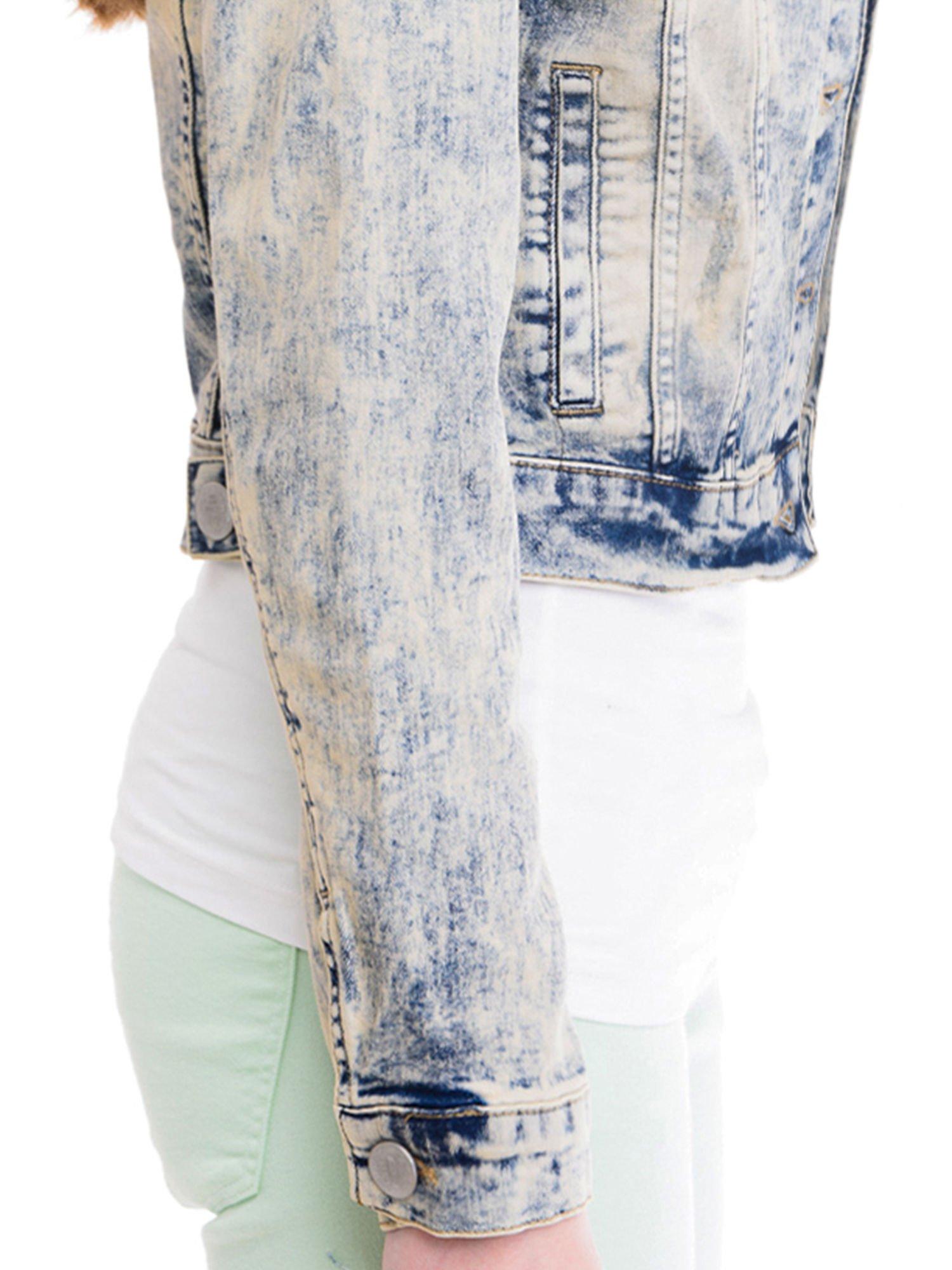 Jasnoniebieska kurtka jeansowa damska z marmurkowego denimu                                  zdj.                                  6