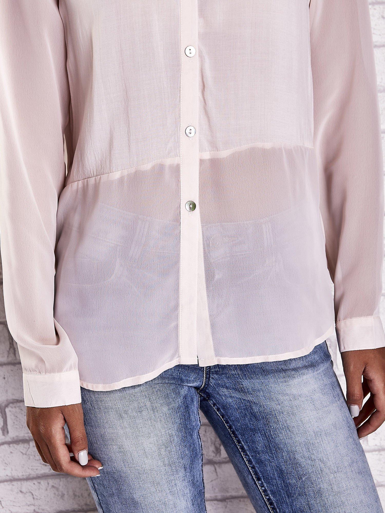 Jasnoróżowa koszula mgiełka z dłuższym tyłem                                  zdj.                                  6