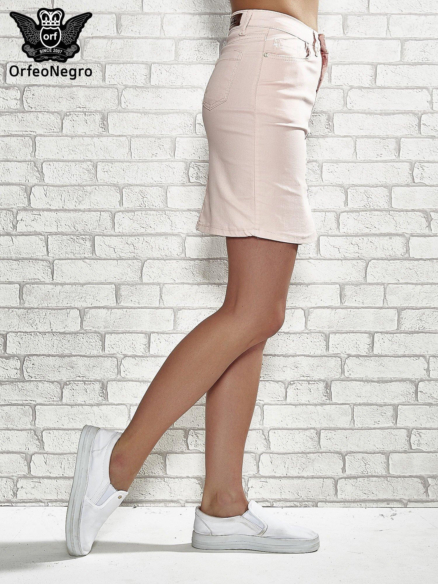 Jasnoróżowa spódnica z zapięciem na guzik                                  zdj.                                  3