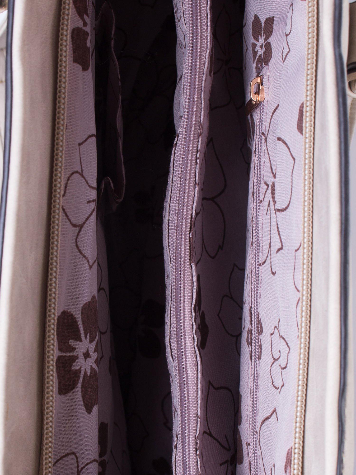 Jasnoszara fakturowana torba z odpinanym paskiem                                  zdj.                                  4
