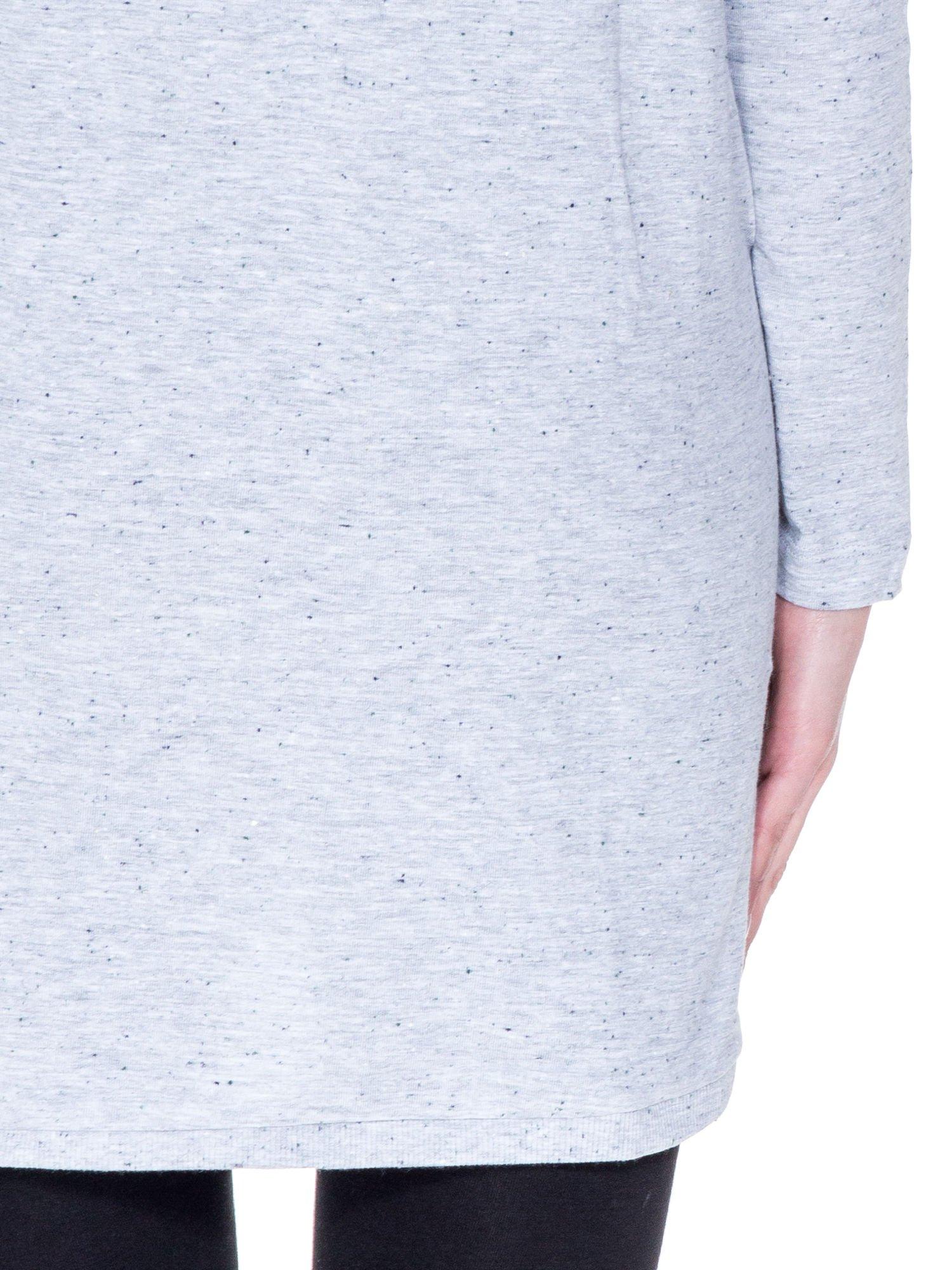 Jasnoszara tunika dresowa z obniżoną linią ramion                                  zdj.                                  8