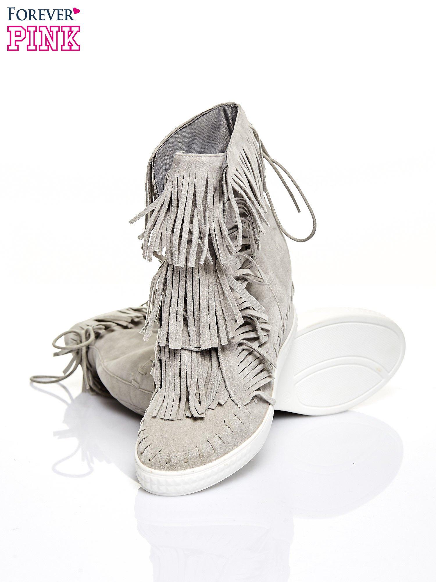 Jasnoszare sneakersy damskie z frędzlami                                  zdj.                                  4
