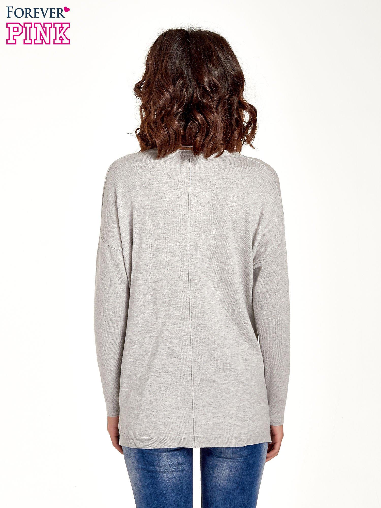 Jasnoszary sweter V-neck z rozporkami