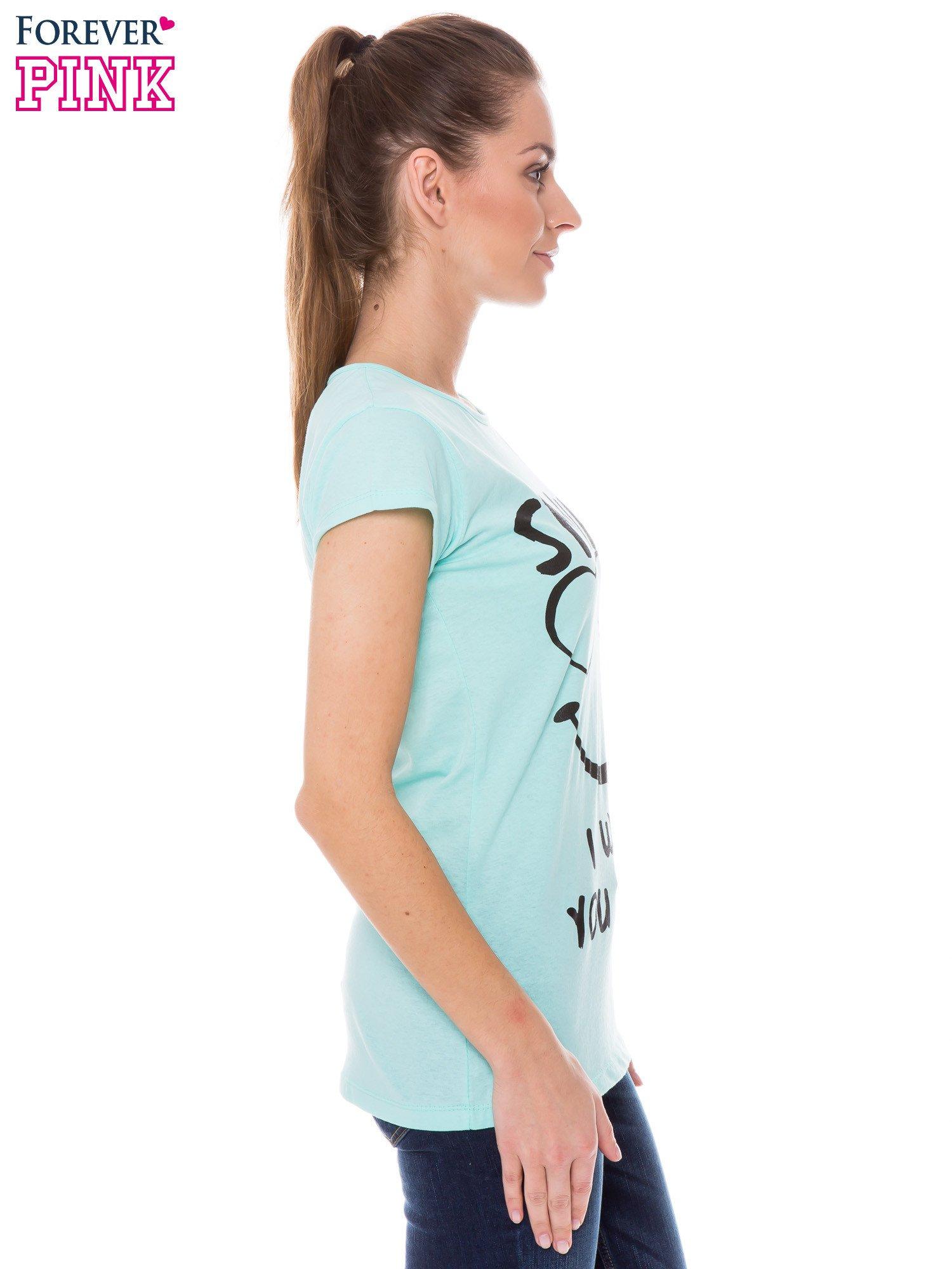 Jasnozielony t-shirt z nadrukiem SMILE                                  zdj.                                  3
