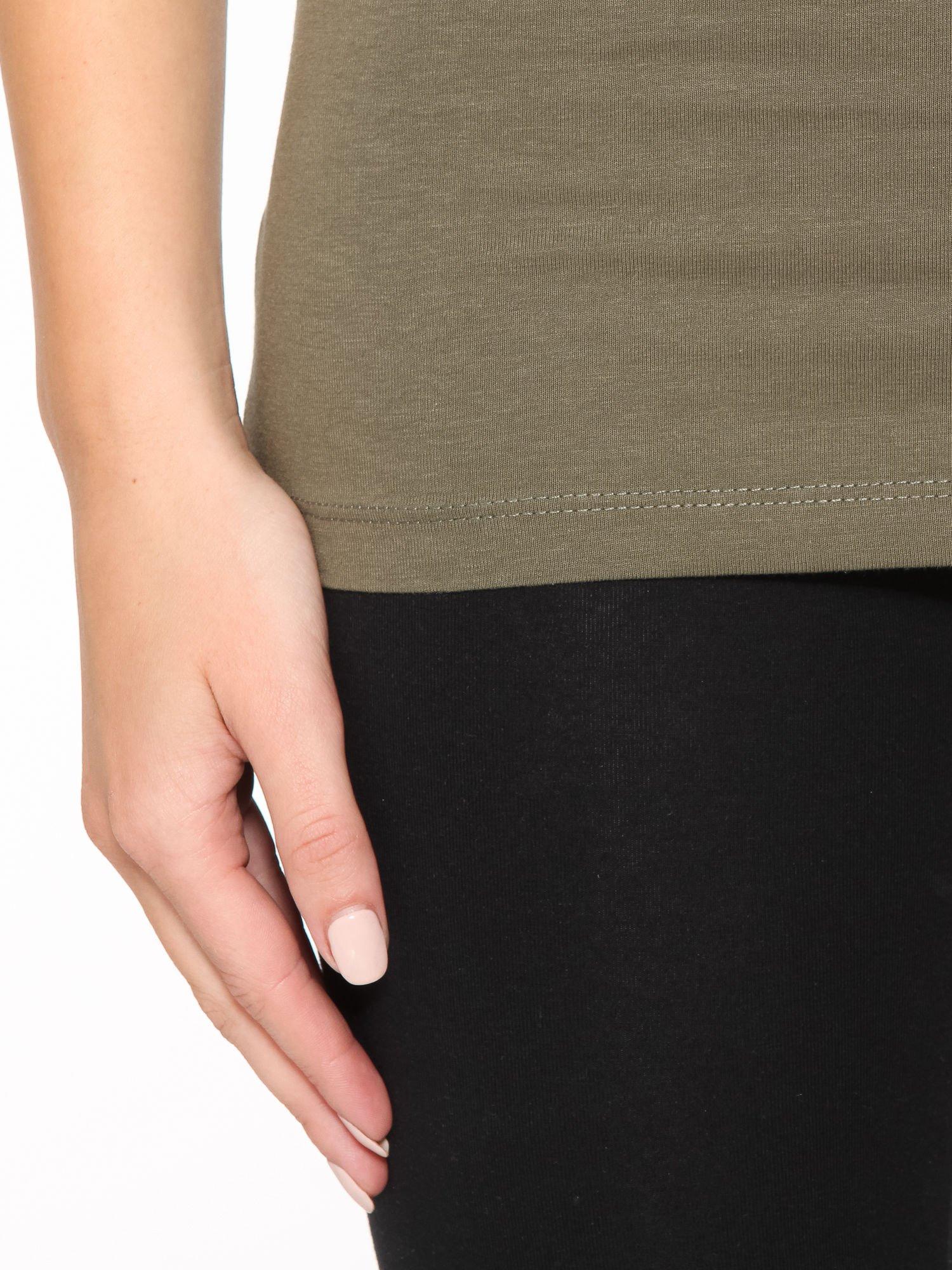Khaki gładki top na szerokich ramiączkach                                  zdj.                                  7