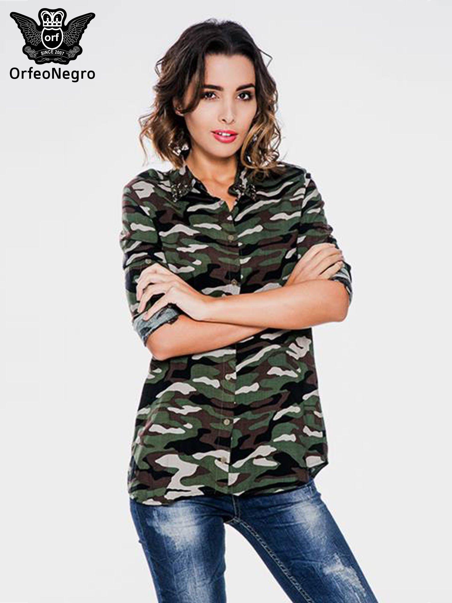 dc90a0073 Koszula damska we wzór moro z ćwiekami na kołnierzyku - Koszula ...