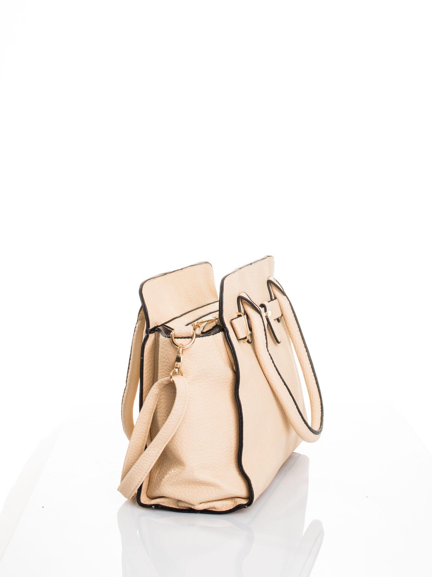 Kremowa torba z klamrami z odpinanym paskiem                                  zdj.                                  2