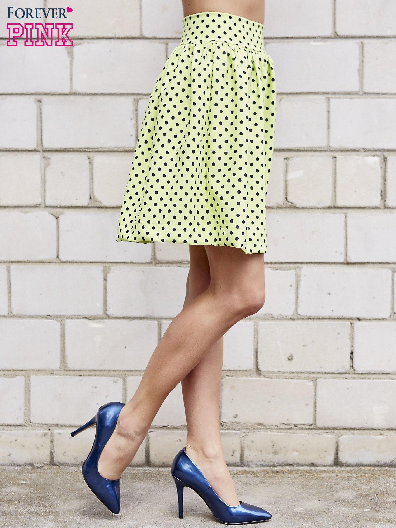Limonkowa spódnica w grochy z plisami                                  zdj.                                  4