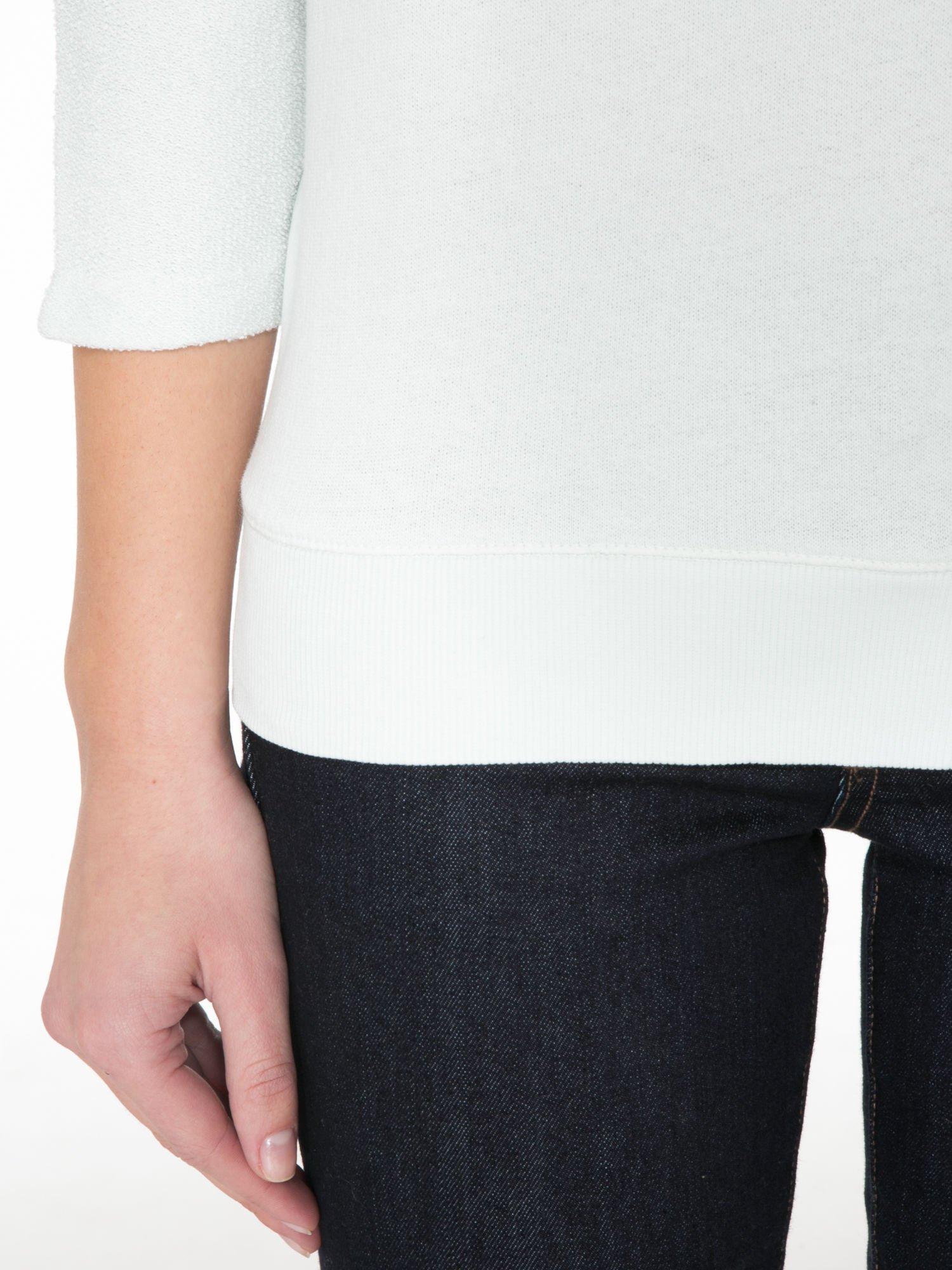 Miętowa bluza oversize z łączonych materiałów                                  zdj.                                  6