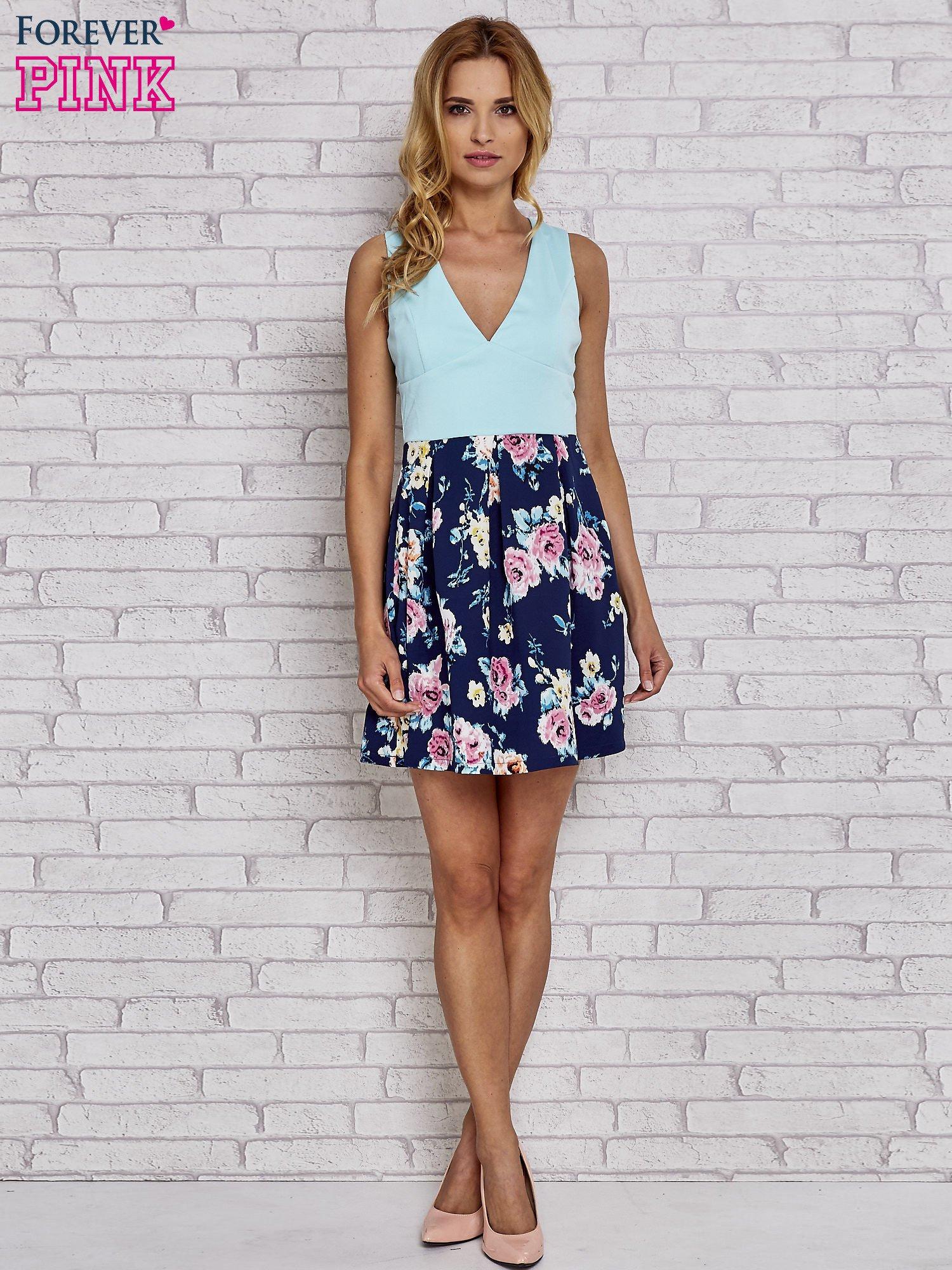 Miętowa sukienka skater z kwiatowym dołem                                  zdj.                                  4